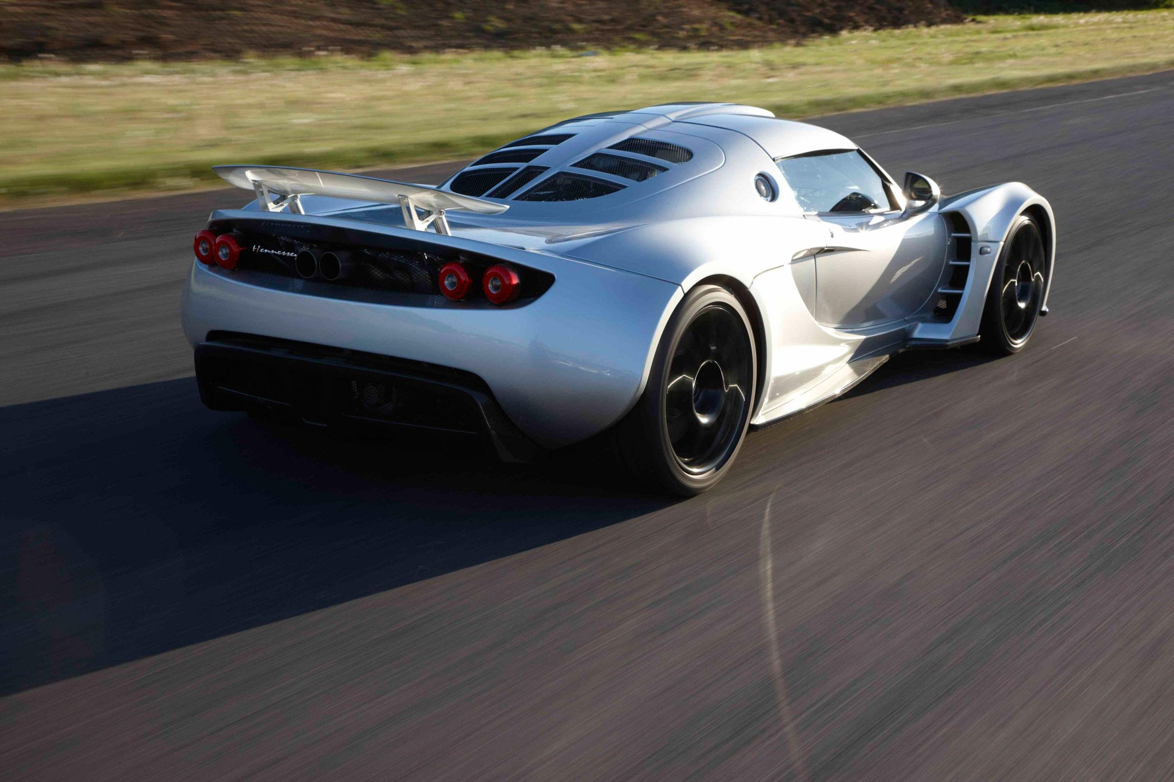 Hennessey Venom Gt 0 370 Km H Video