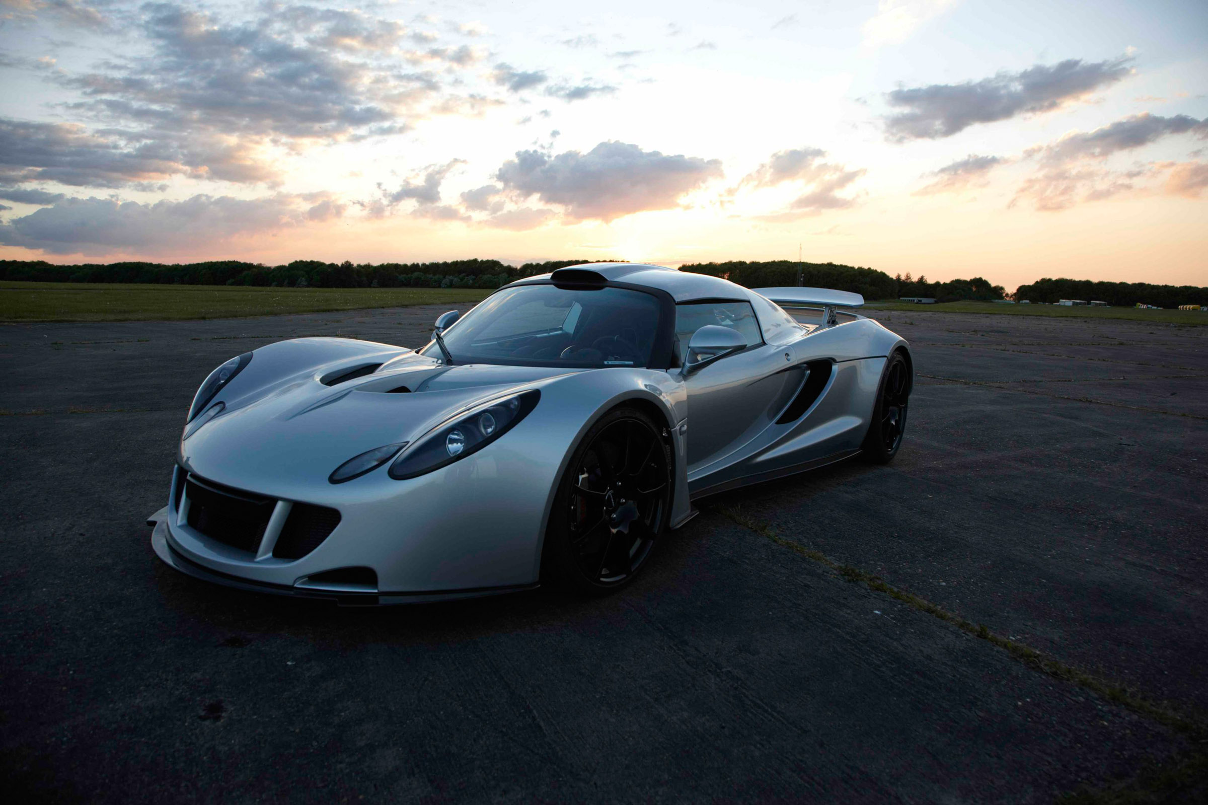Hennessey Venom Gt 0 370 Km H Video