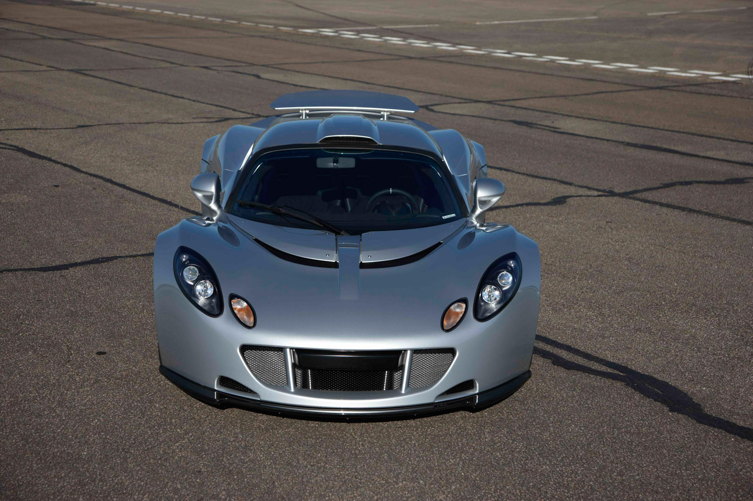 Venom Gt Price >> Hennessey Venom GT: 0-370 km/h [video]