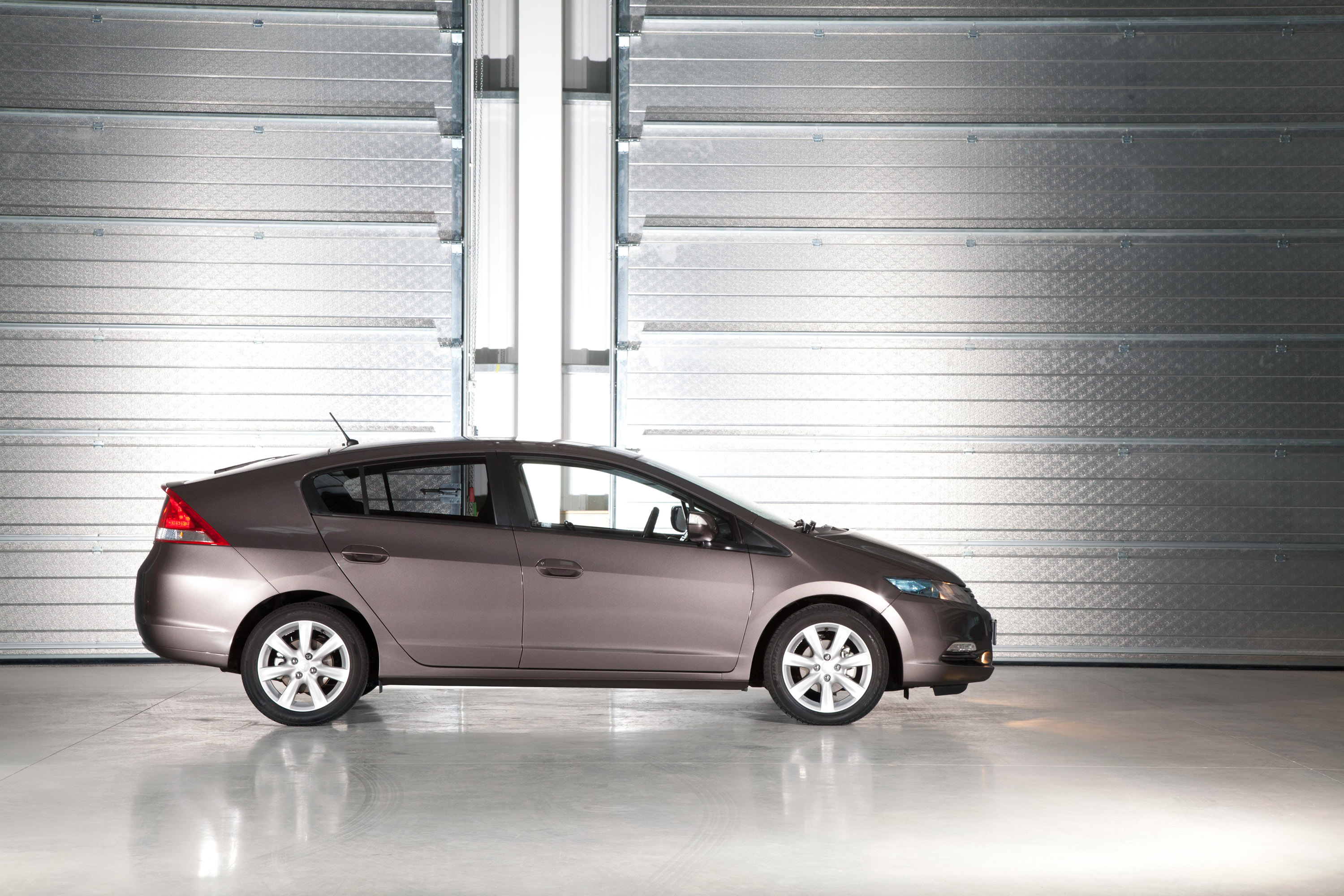 2011 Honda Insight Improved For Uk