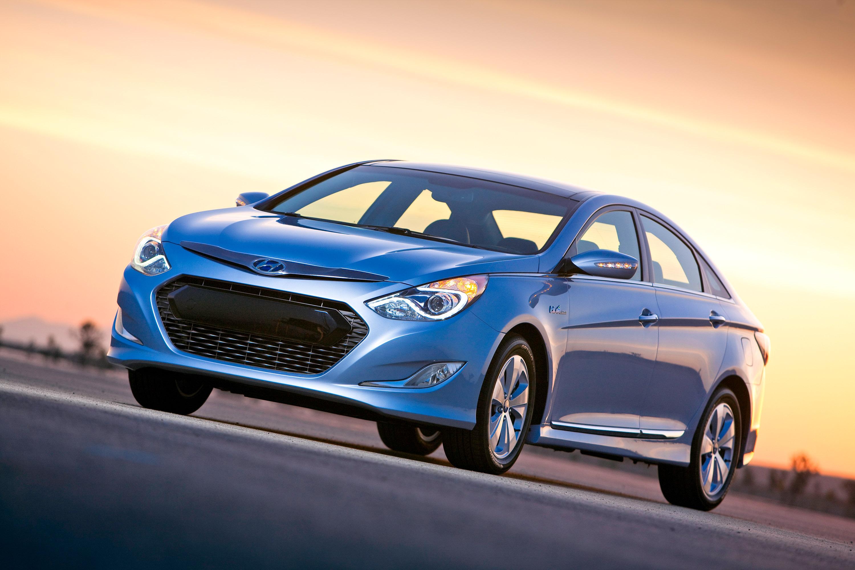 the and sedan s wider than gains year for hyundai gen price longer slightly eyes model is sport last sonata