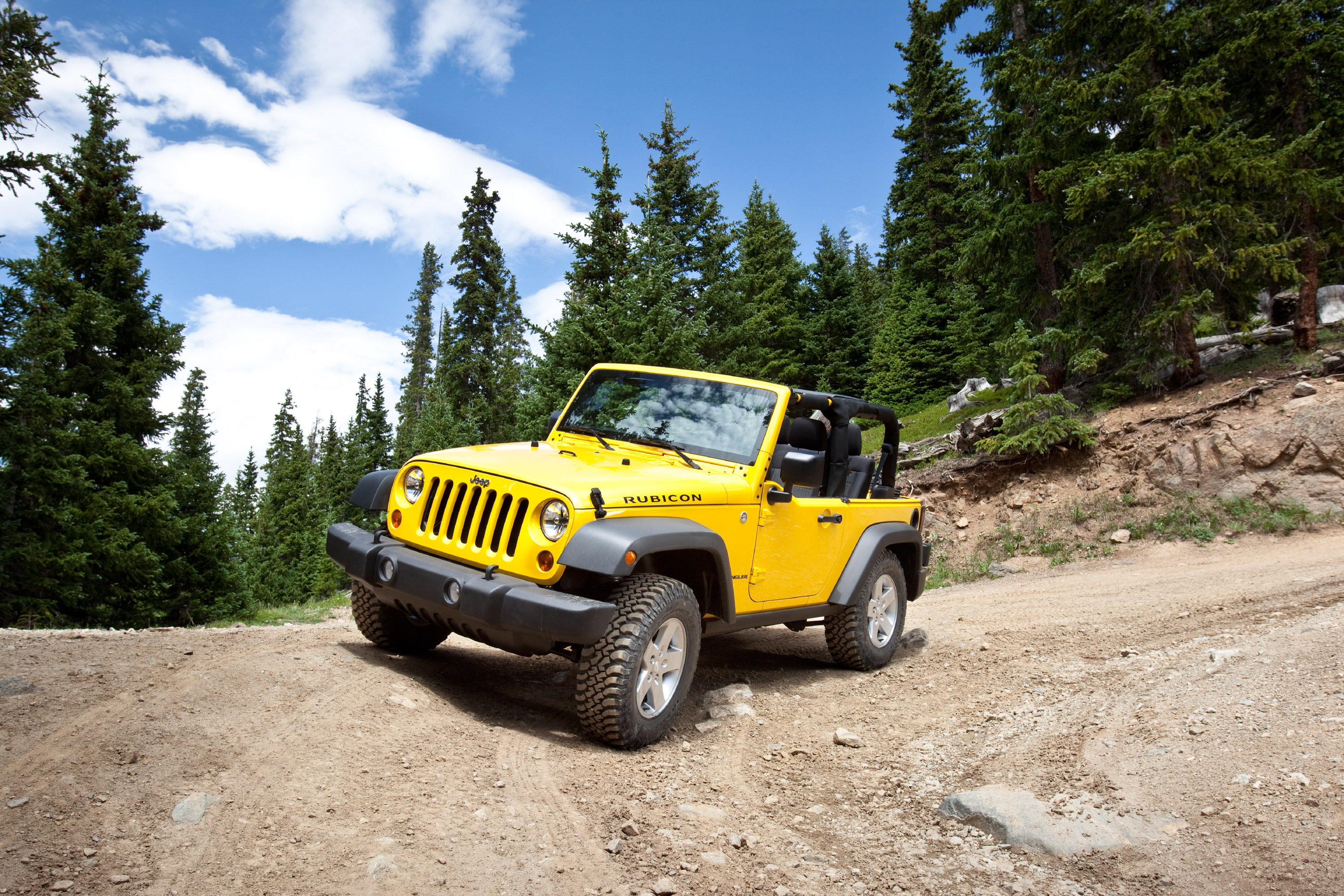 View More High-Resolution Pictures of Jeep Wrangler 2011 in Full-Page Gallery.