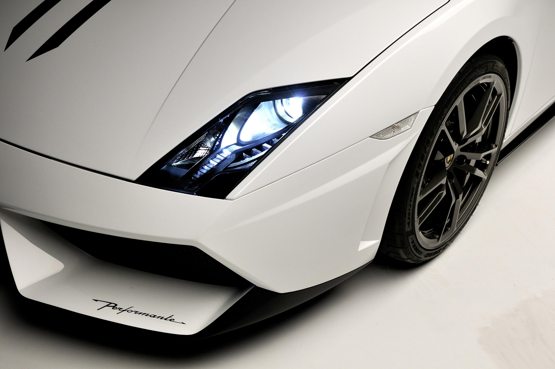 Lamborghini Gallardo Performante Video