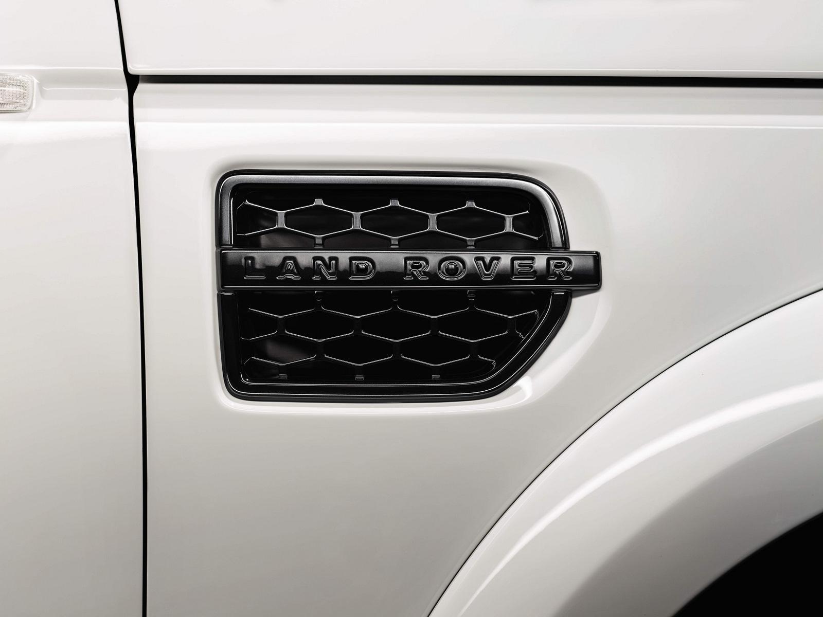 Monster Porsche Hurricane Concept Design: 2011 BMW 5-Series Sedan M Sports Package At The Paris