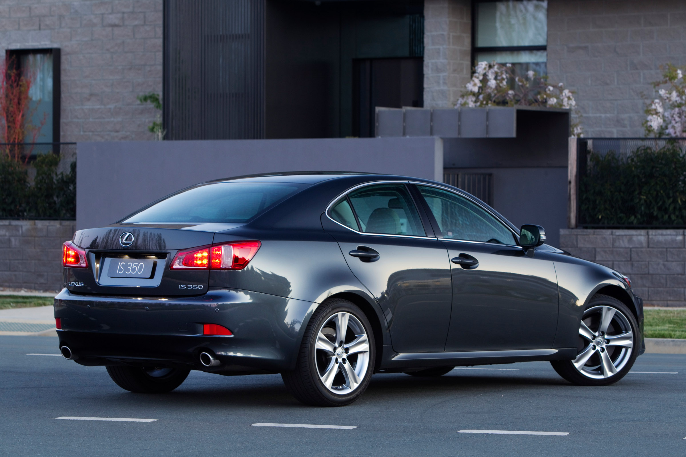 Lexus Is 350 Sedan Debuts On The Australian Market