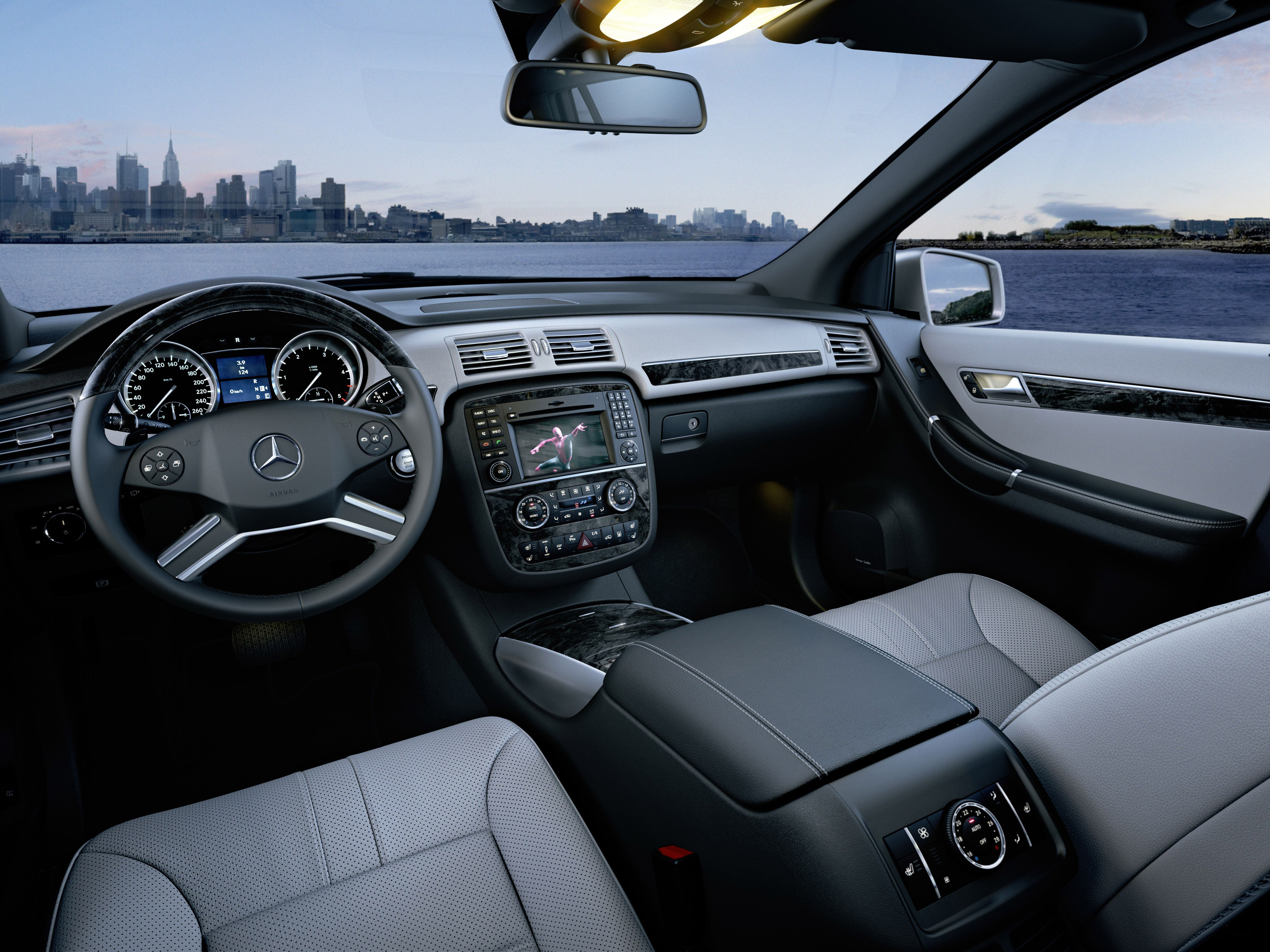 Mercedes Benz showcases its all new 2011 R Class