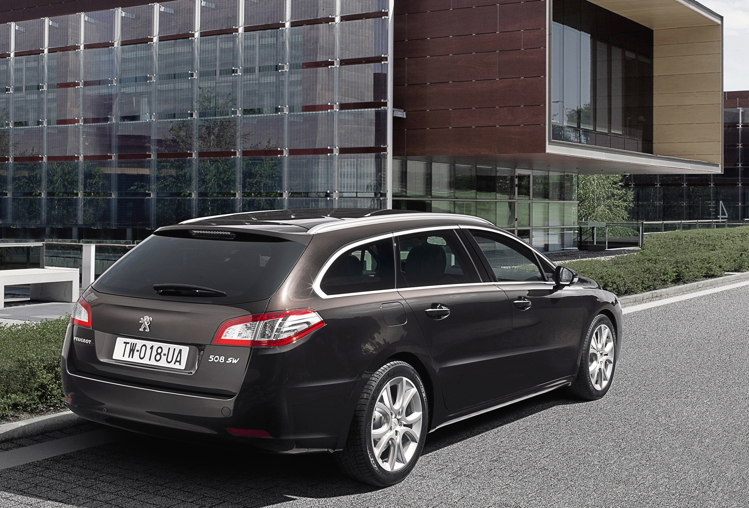 2011 Peugeot 508 In More Details And High Resolution
