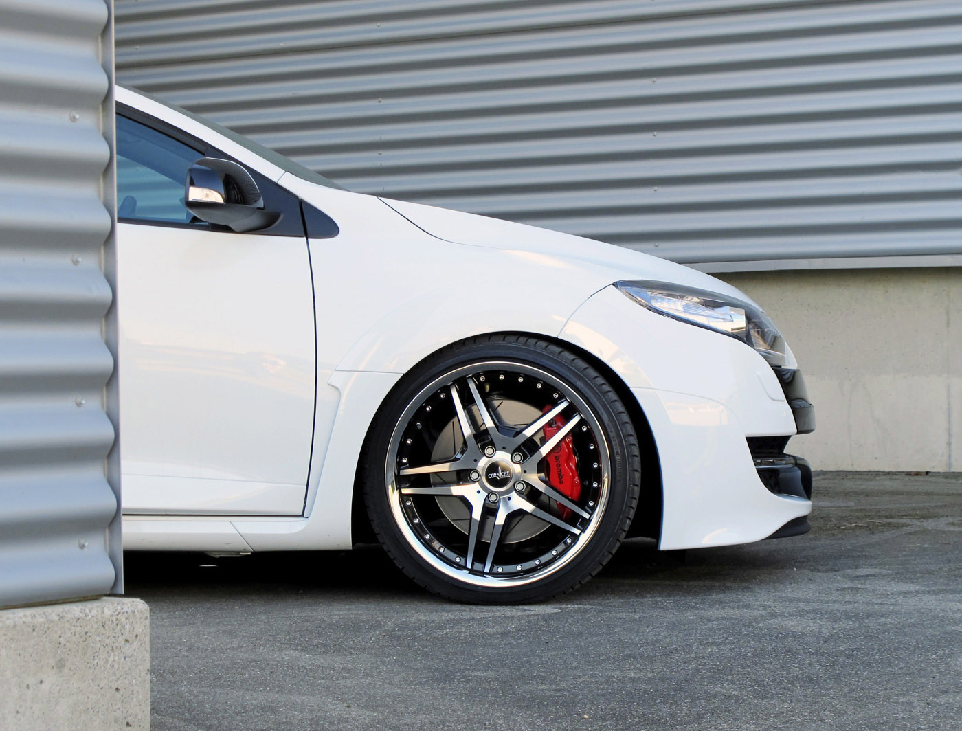 Renault Megane RS with CORNICHE VEGAS Wheels - Picture 40249
