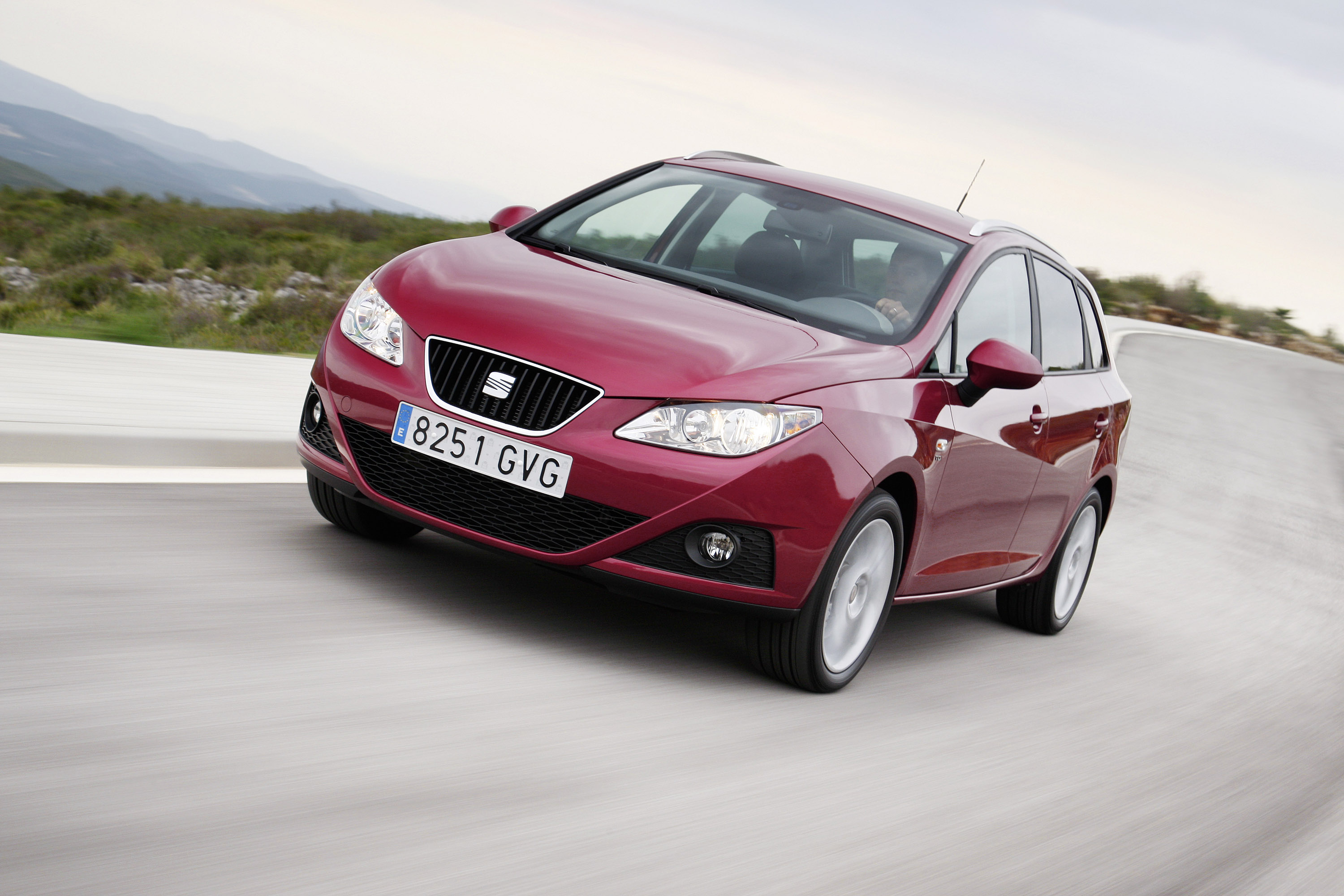 seat ibiza st priced at 12 070. Black Bedroom Furniture Sets. Home Design Ideas