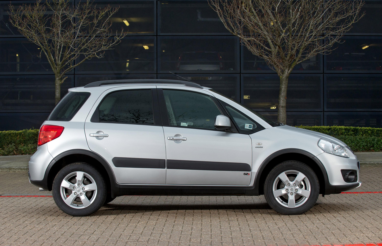 2011 Suzuki Sx4 A X Over Picture 54153