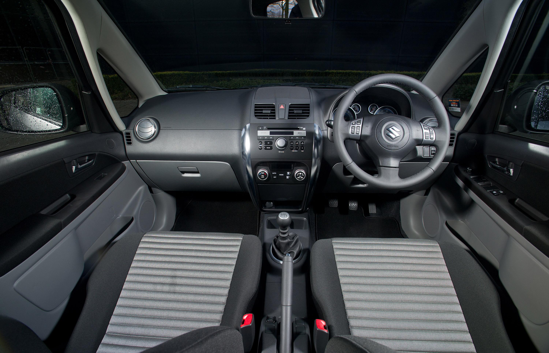 2011 Suzuki Sx4 A X Over Picture 54161