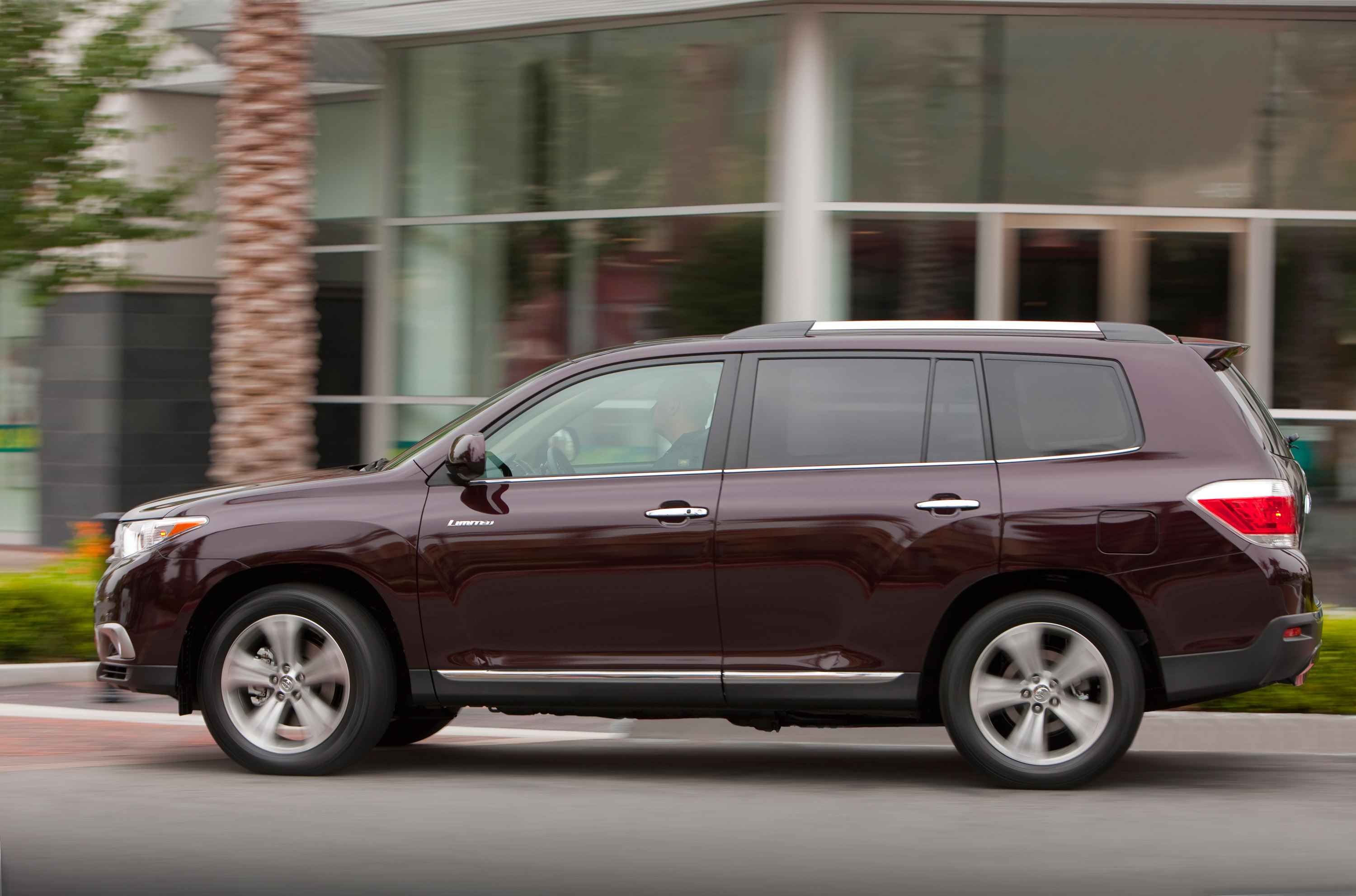2011 Toyota Highlander Pricing And Specifications Engine Diagram