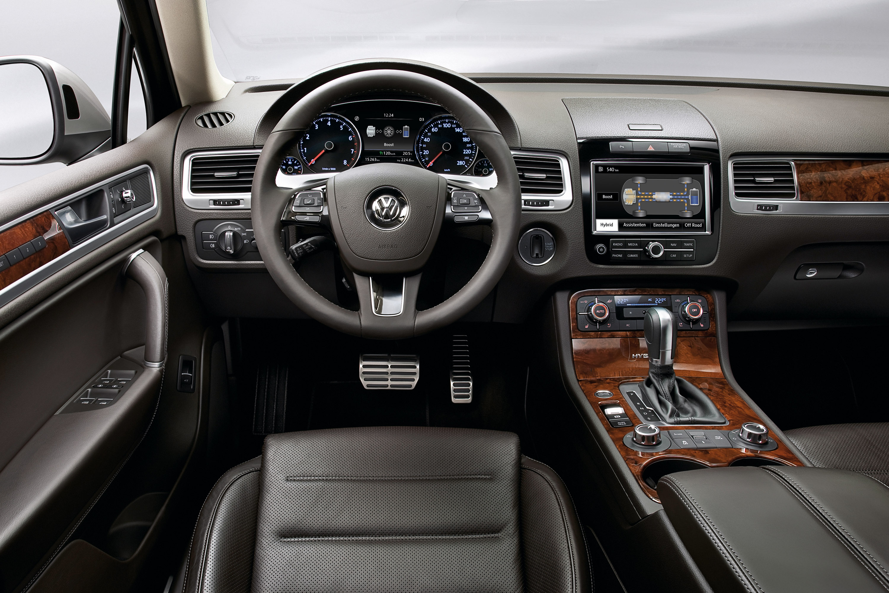 2011 Volkswagen Touareg fully unwrapped