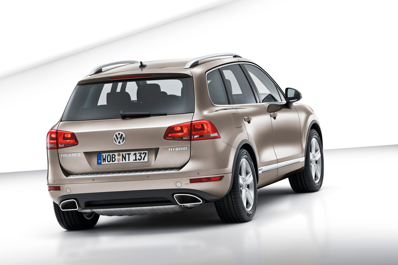 axed auto price touareg model hybrid news volkswagen cut