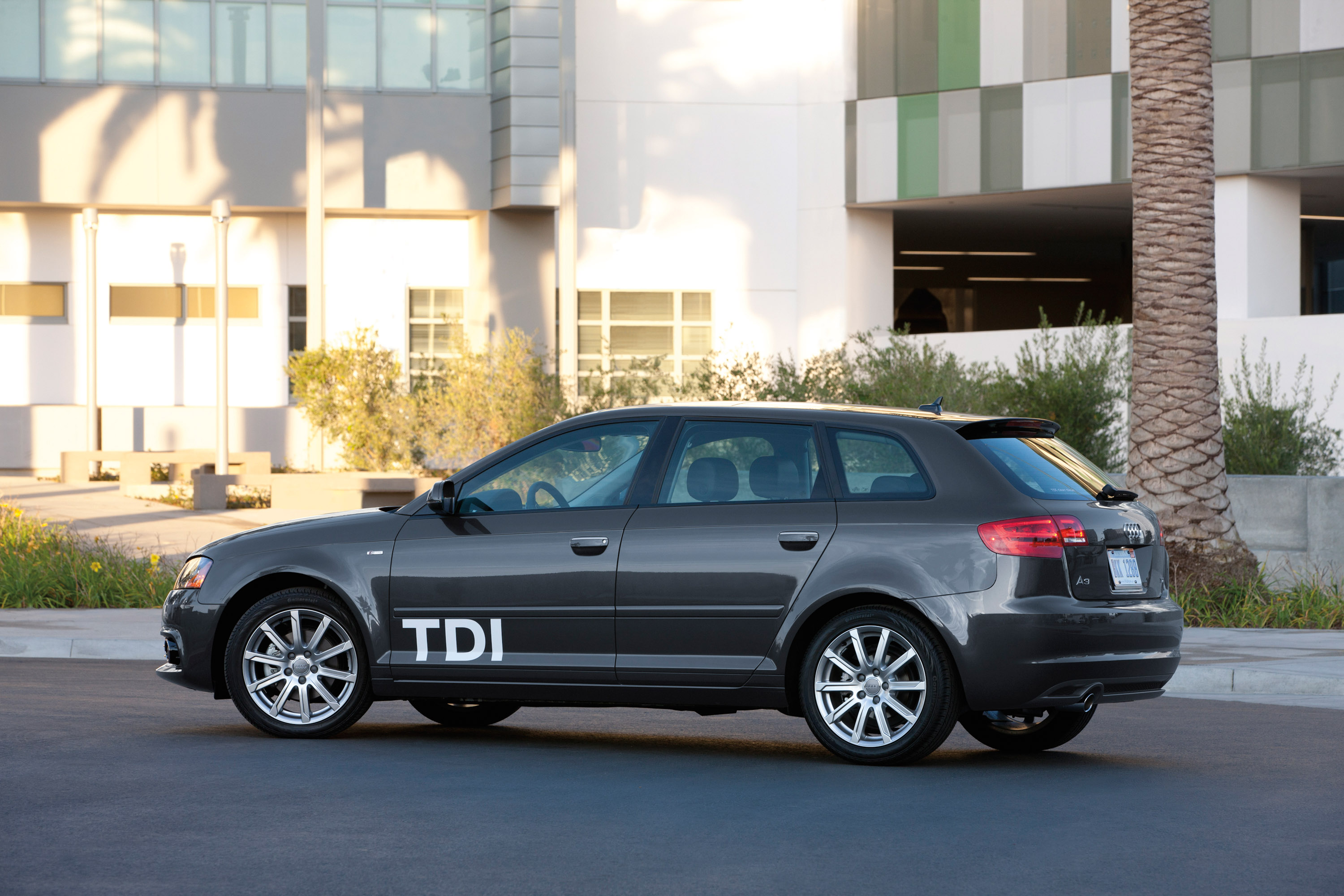 2012 audi a3 tdi clean diesel picture 65719. Black Bedroom Furniture Sets. Home Design Ideas