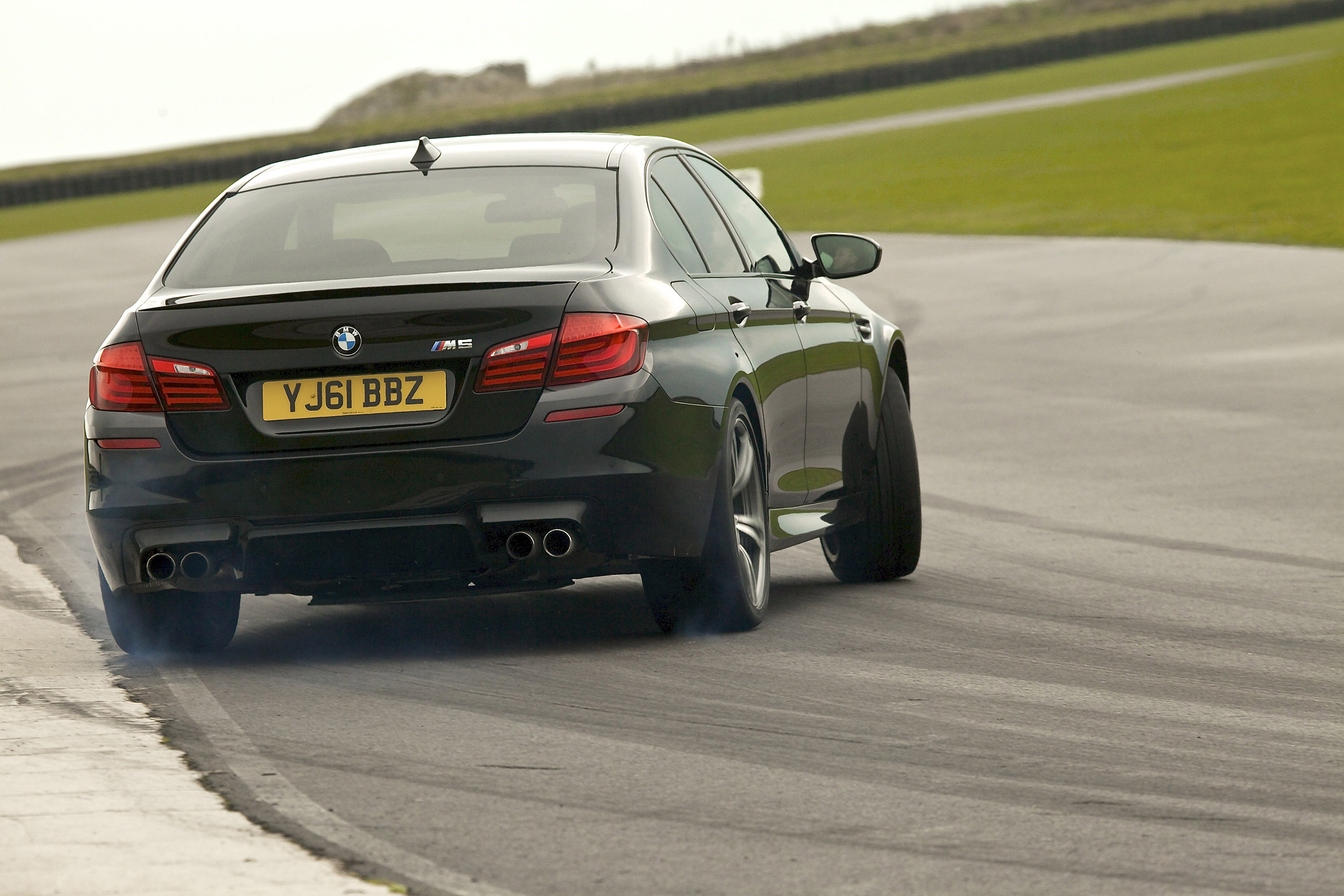 2012 Bmw F10 M5 Saloon Uk Picture 60726