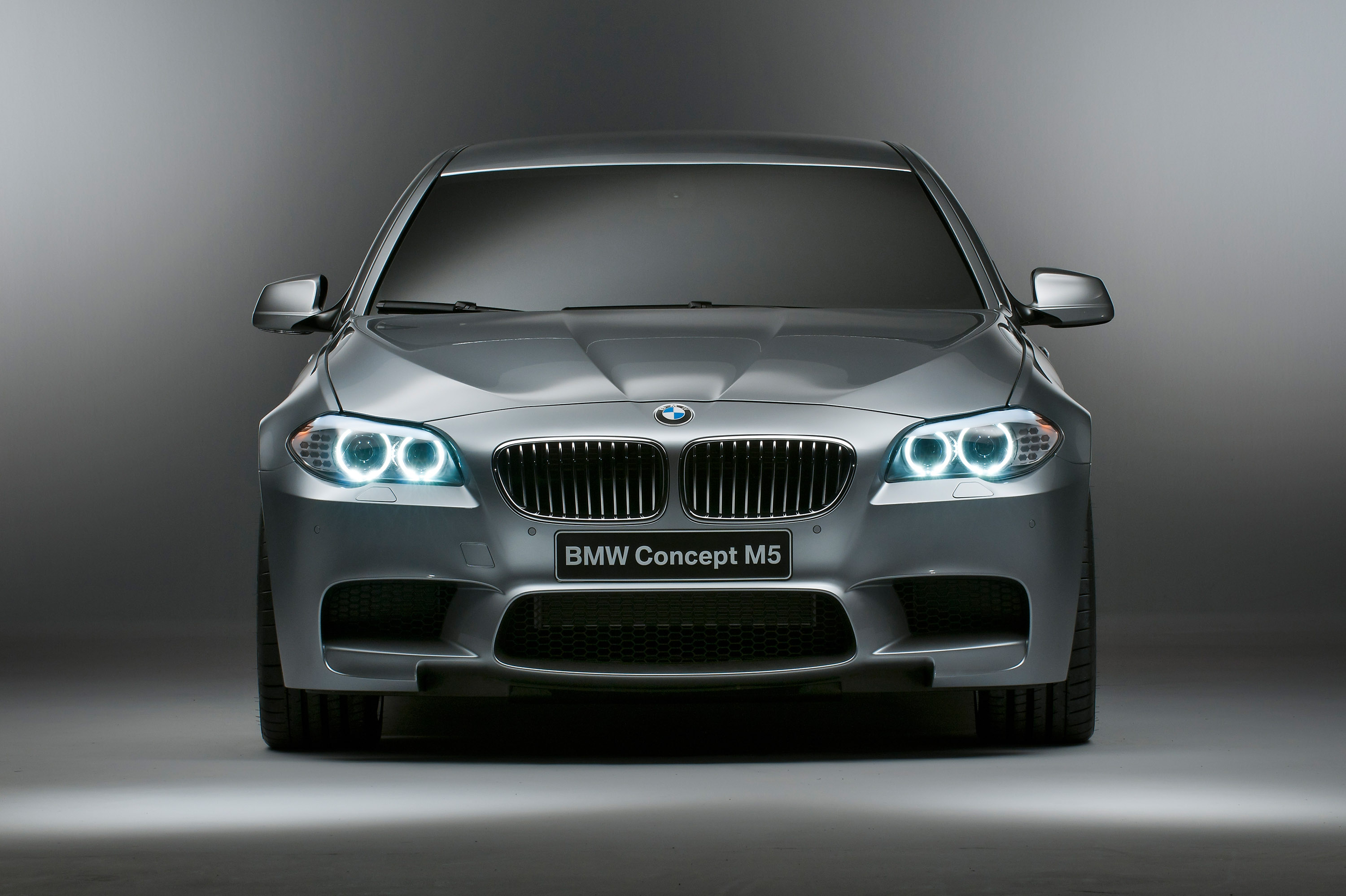 2012 Bmw F10 M5 Drift And Burnout Video