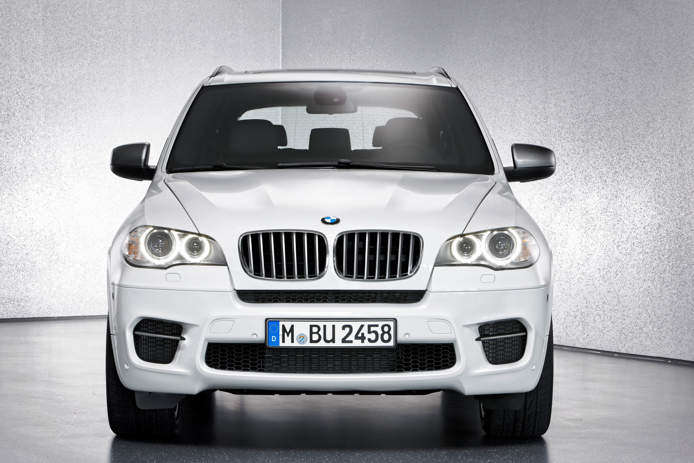 bmw x3 xdrive28i and bmw x5 m sport edition. Black Bedroom Furniture Sets. Home Design Ideas