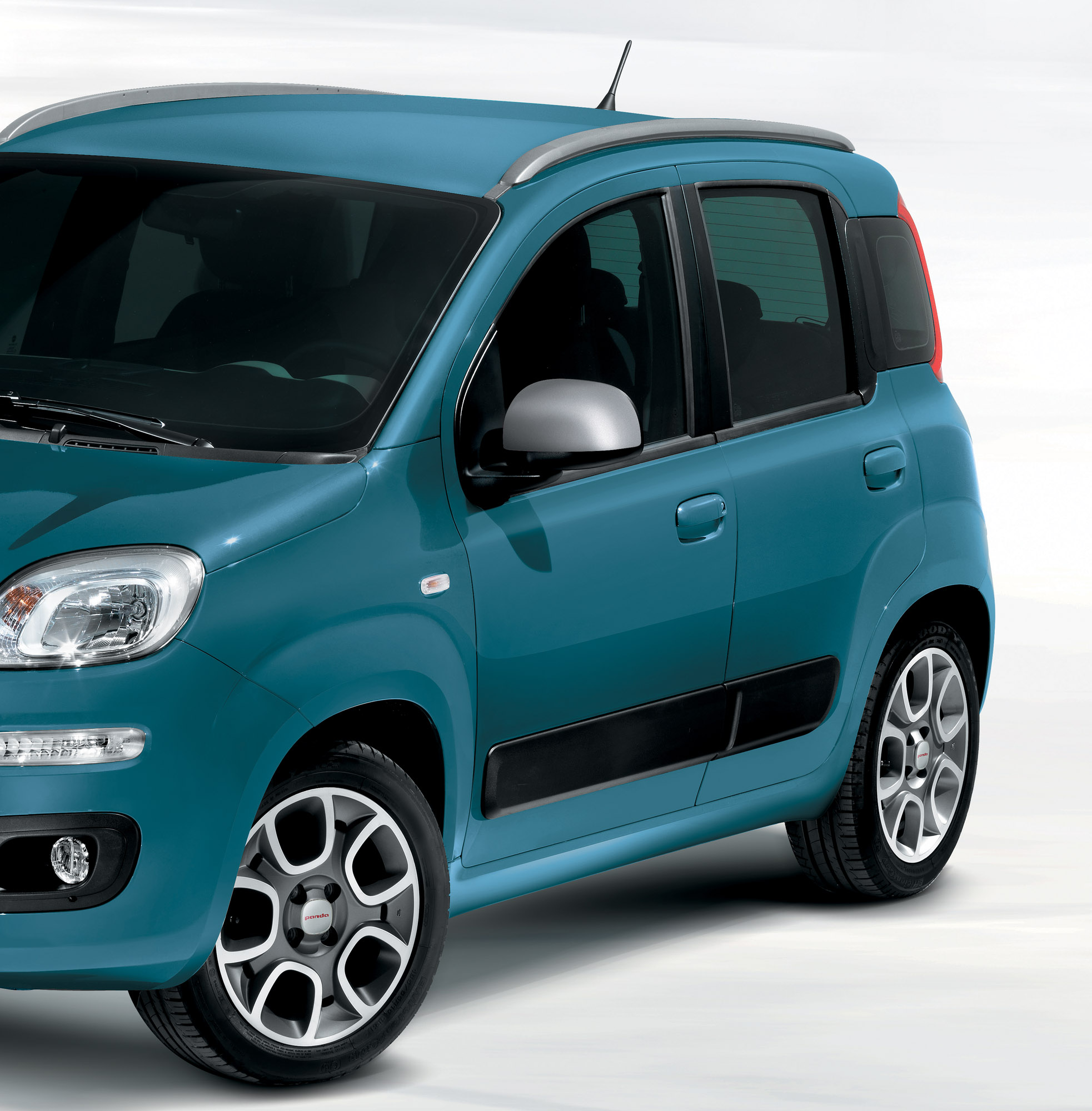 wide range of accessories for 2012 fiat panda. Black Bedroom Furniture Sets. Home Design Ideas