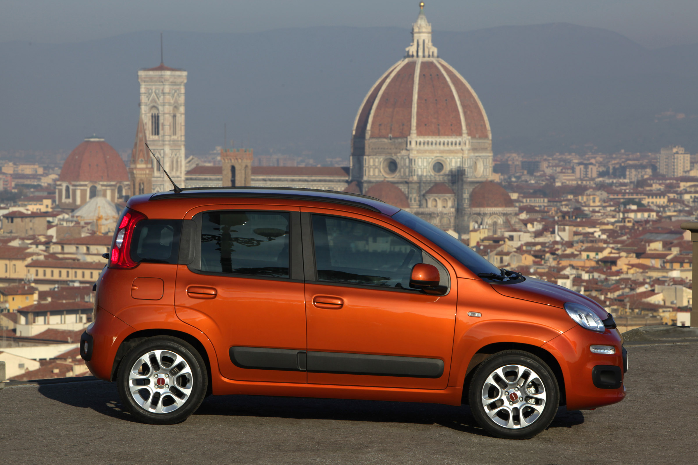 2012 fiat panda price 8900 otr. Black Bedroom Furniture Sets. Home Design Ideas