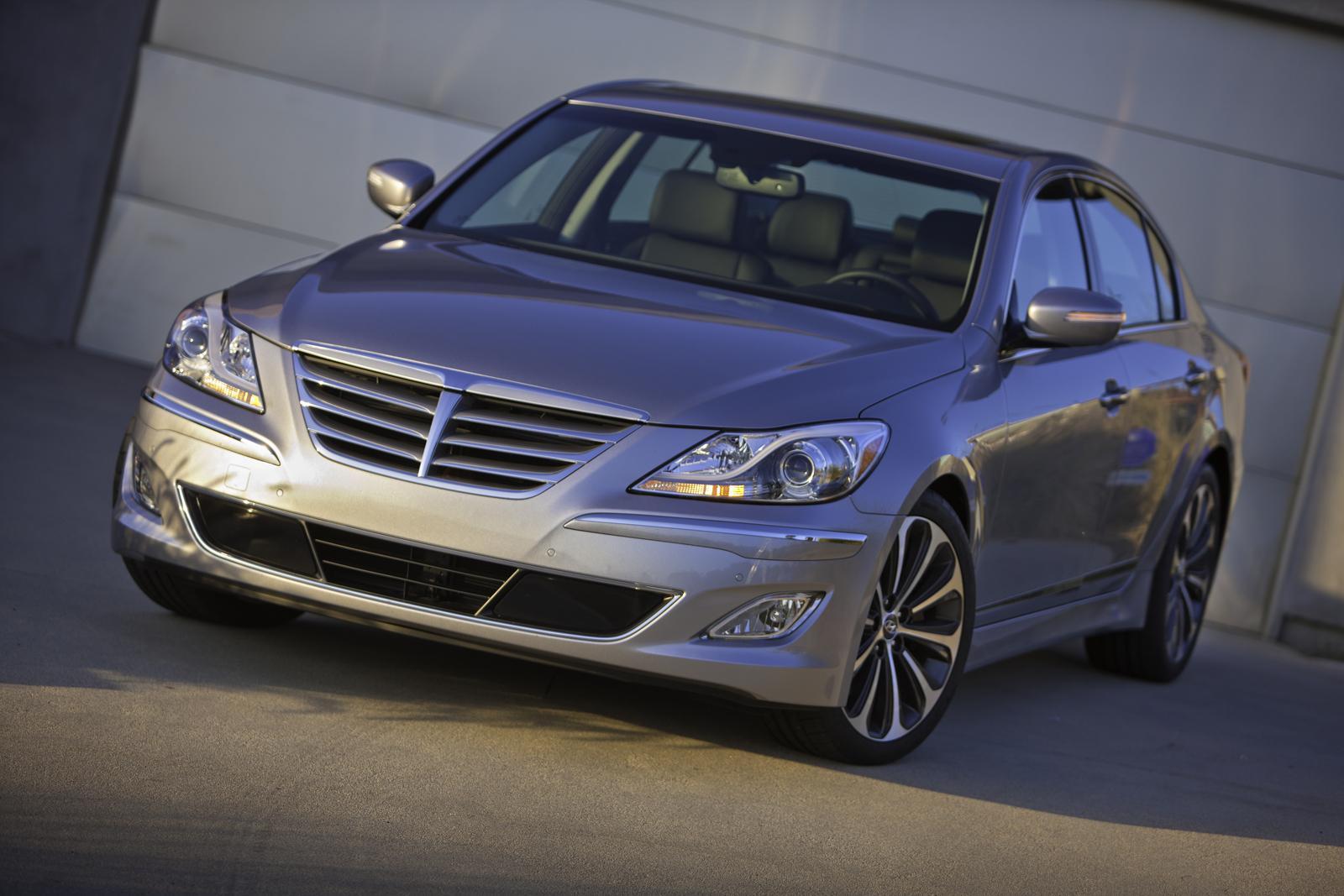 2012 Hyundai Genesis Price 34 200