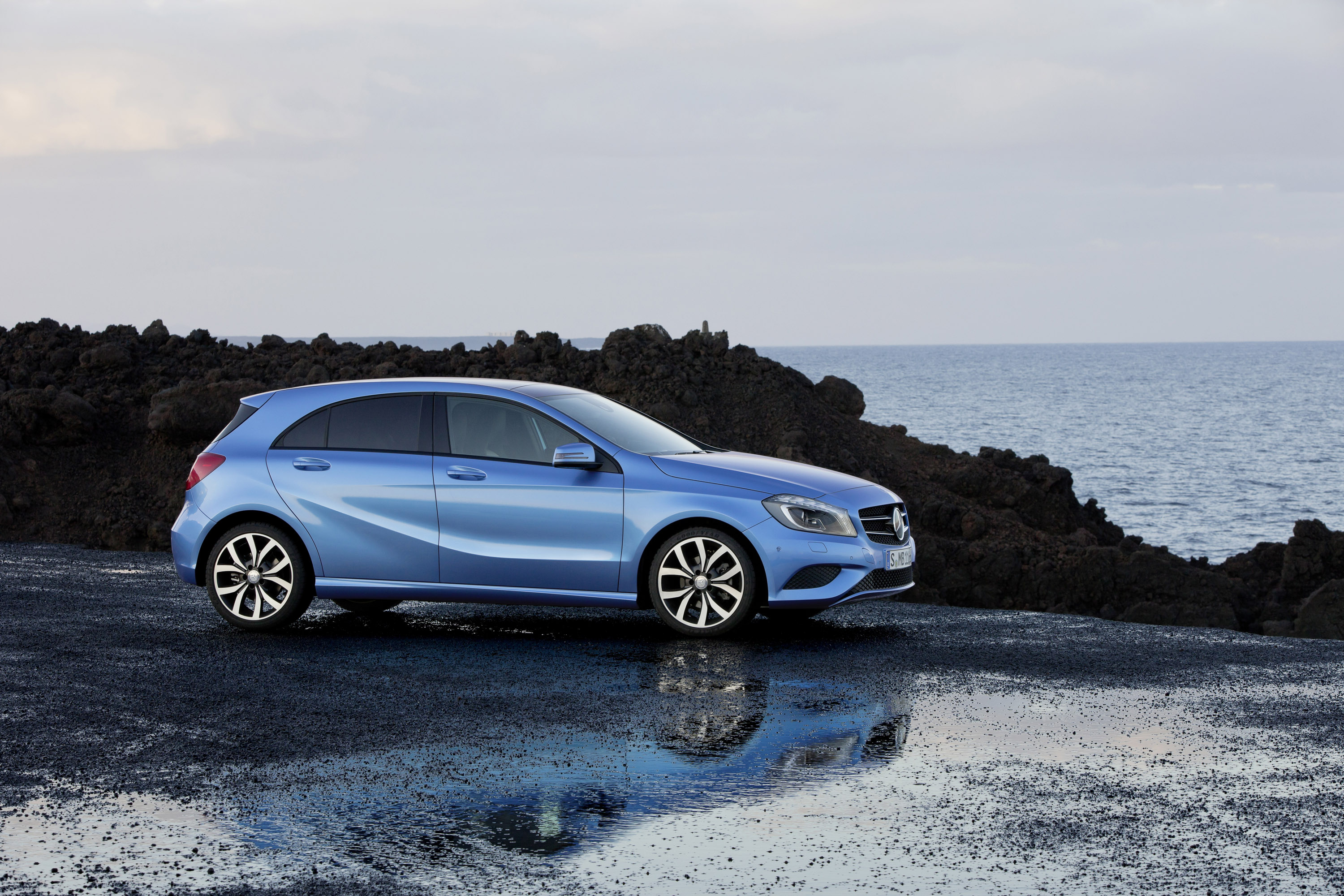 2012 mercedes benz a class with announced pricing for Mercedes benz 2012 price