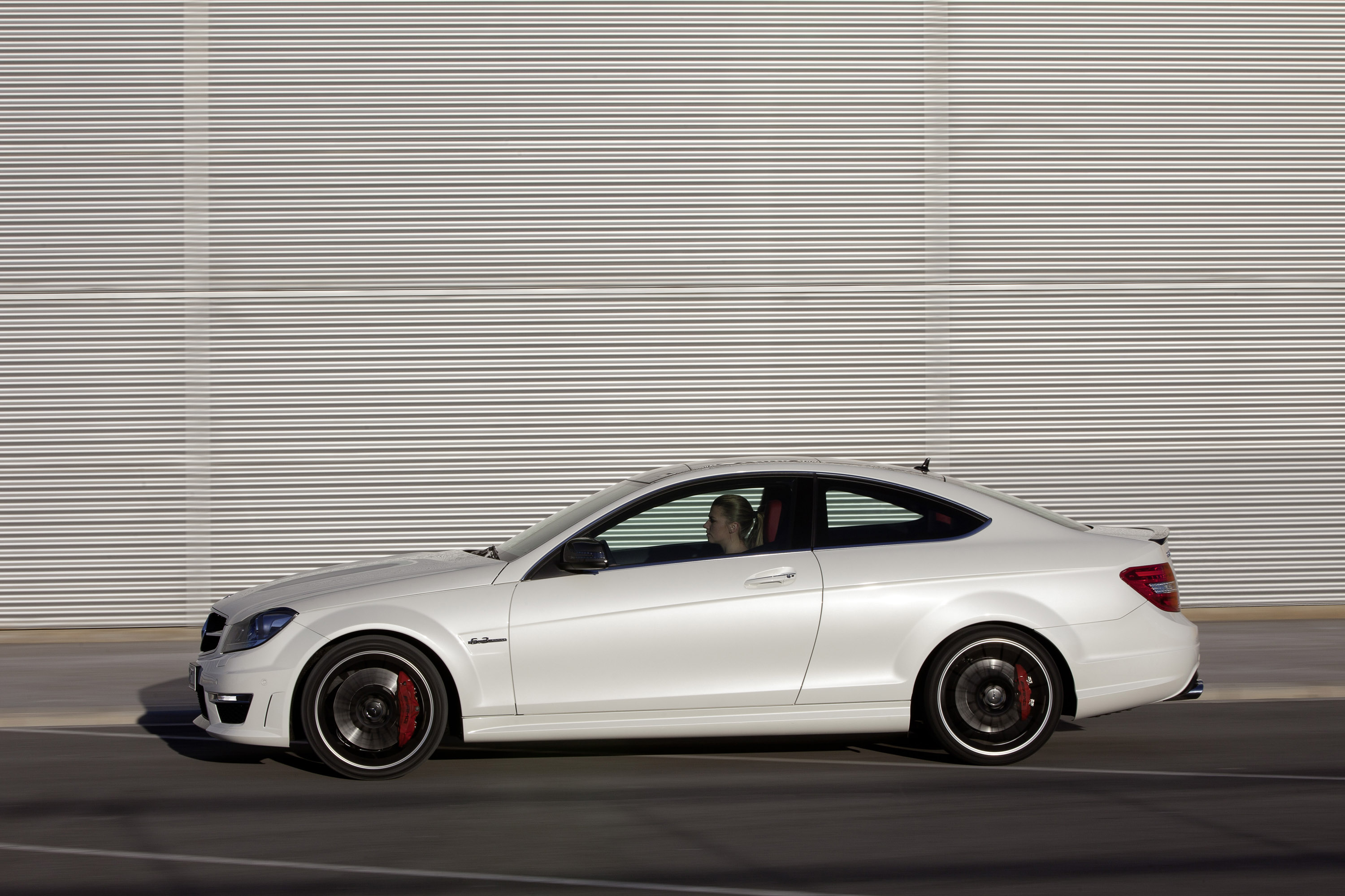 2012 mercedes c63 amg coupe figure eight drift - 2012 mercedes c63 amg coupe ...