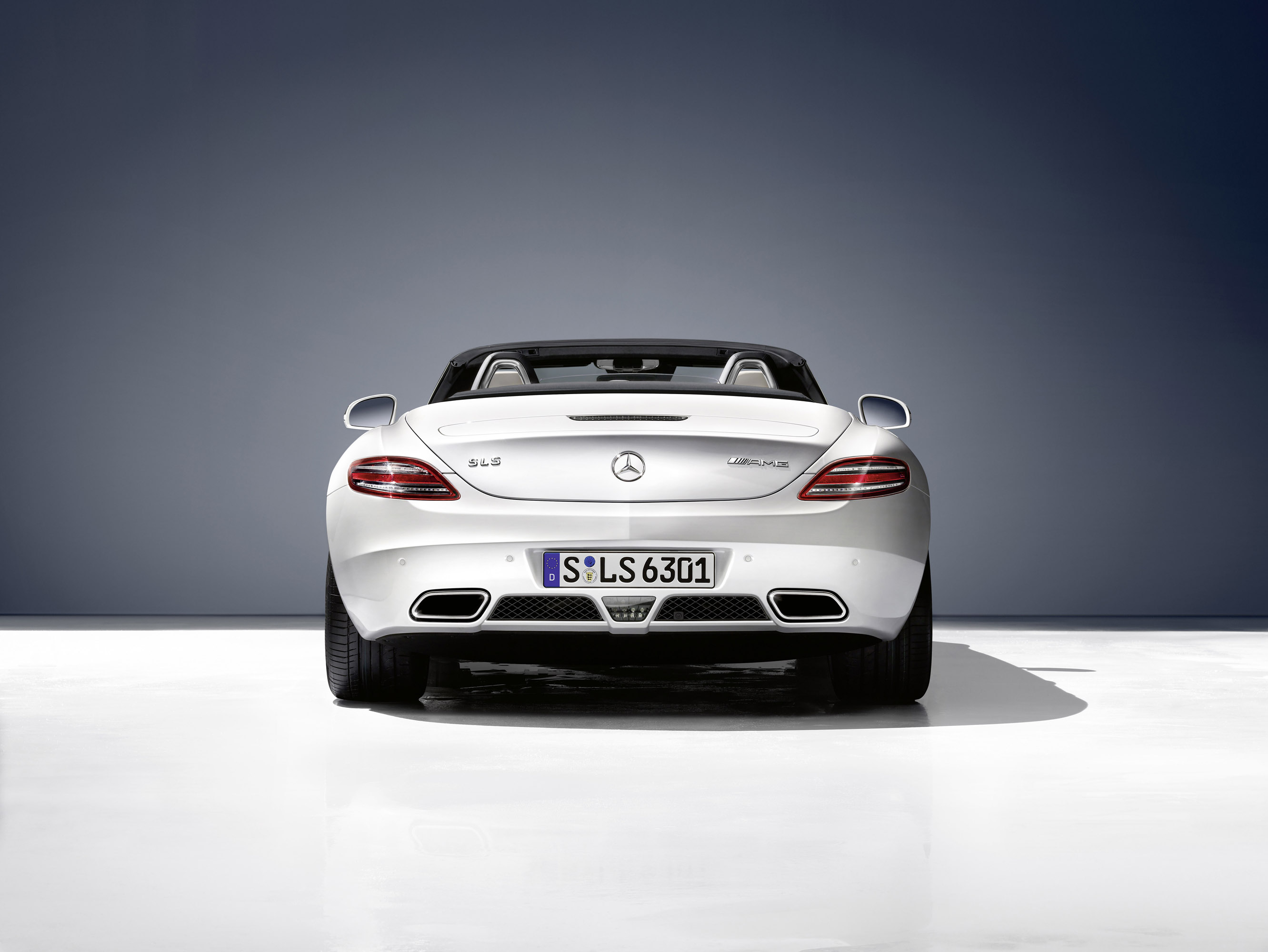 2012 mercedes sls amg roadster for Mercedes benz sls 2012