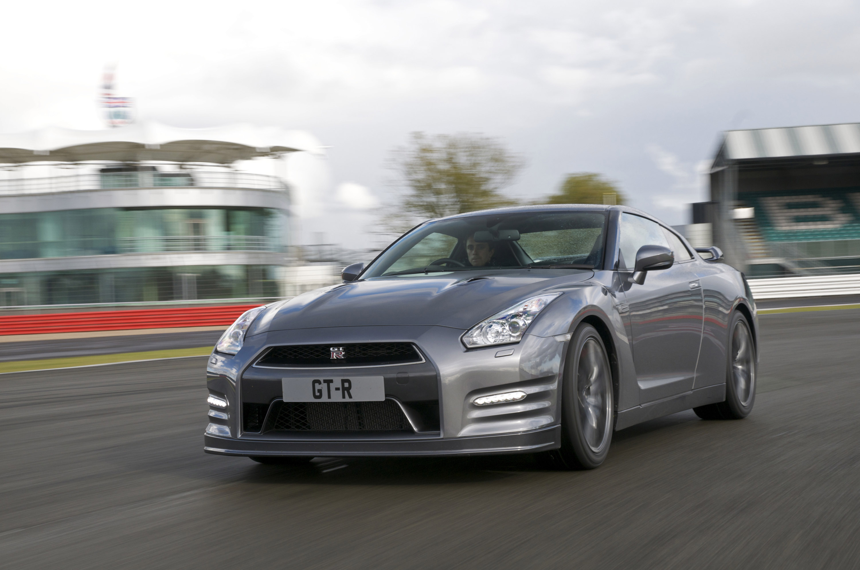 2013 Nissan Gt R R35 10 87 Seconds At 1 4 Mile With 201 Km H