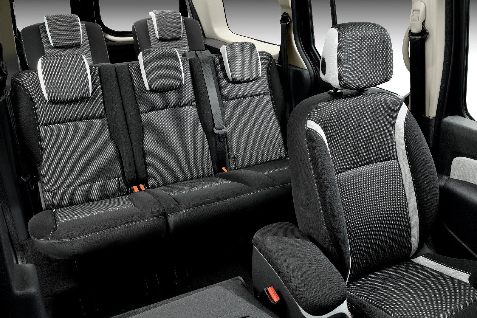 2012 Renault Grand Kangoo 7-seat Van - Price €20 750