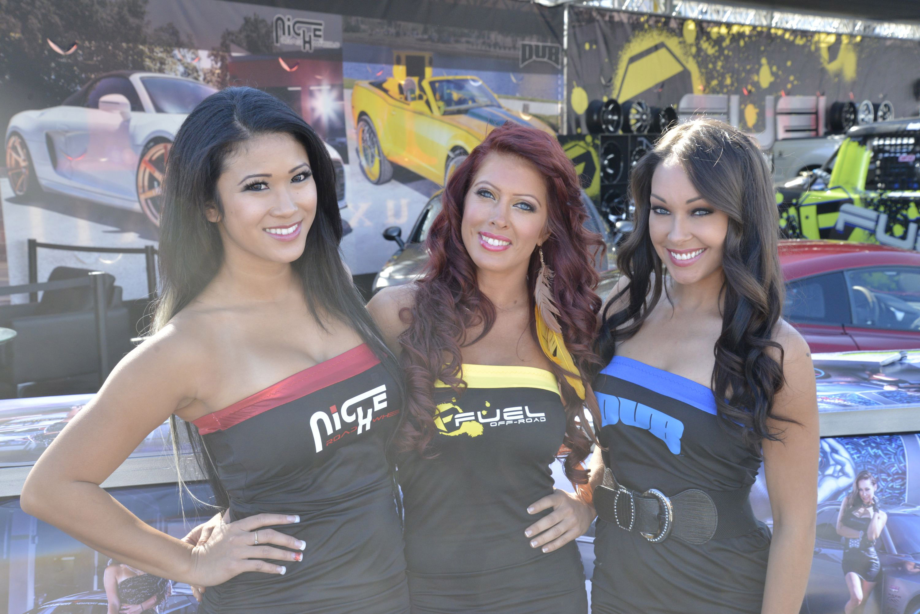 2012 Sema Show Girls Picture 76323