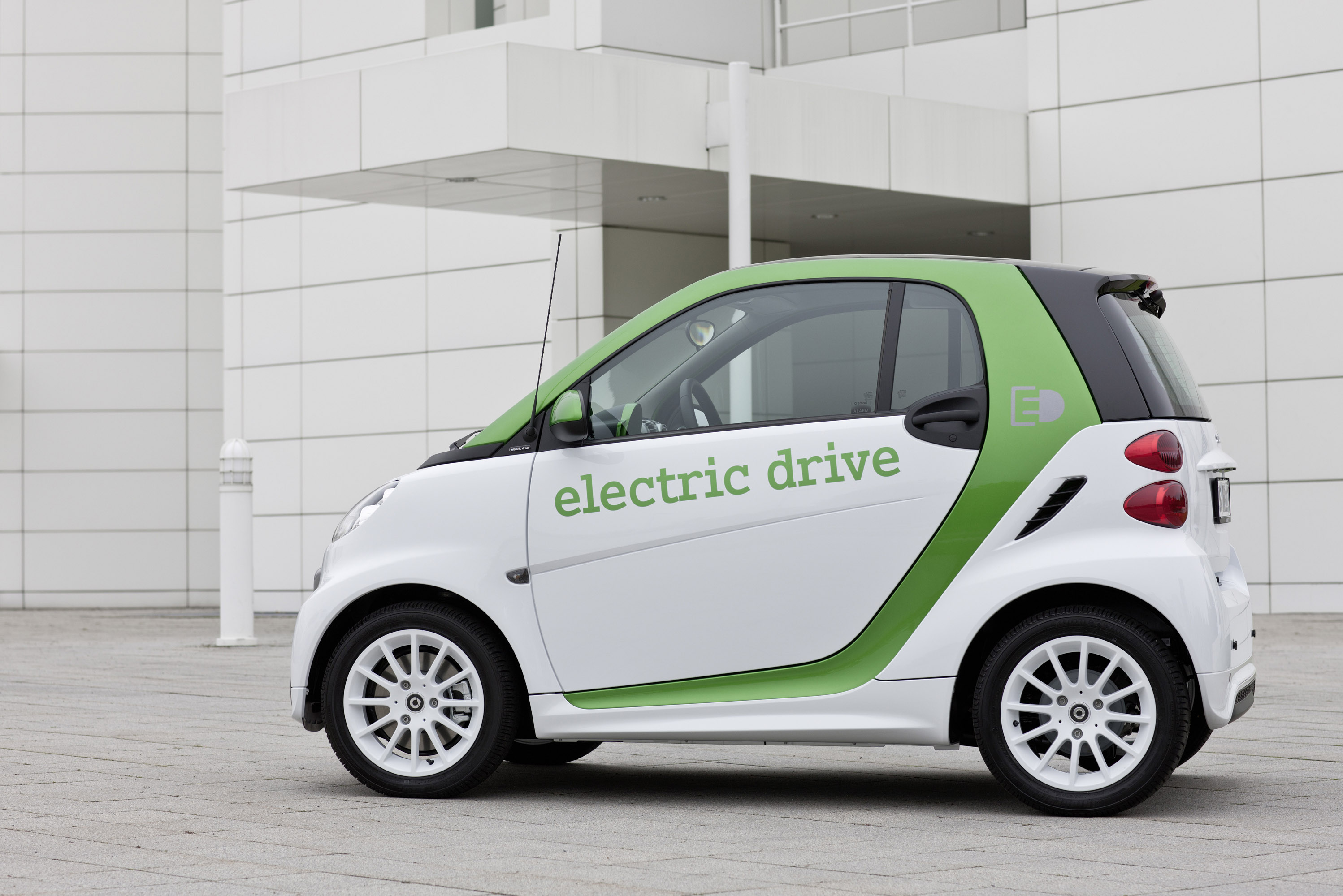 2012 smart fortwo electric drive vs e bike. Black Bedroom Furniture Sets. Home Design Ideas