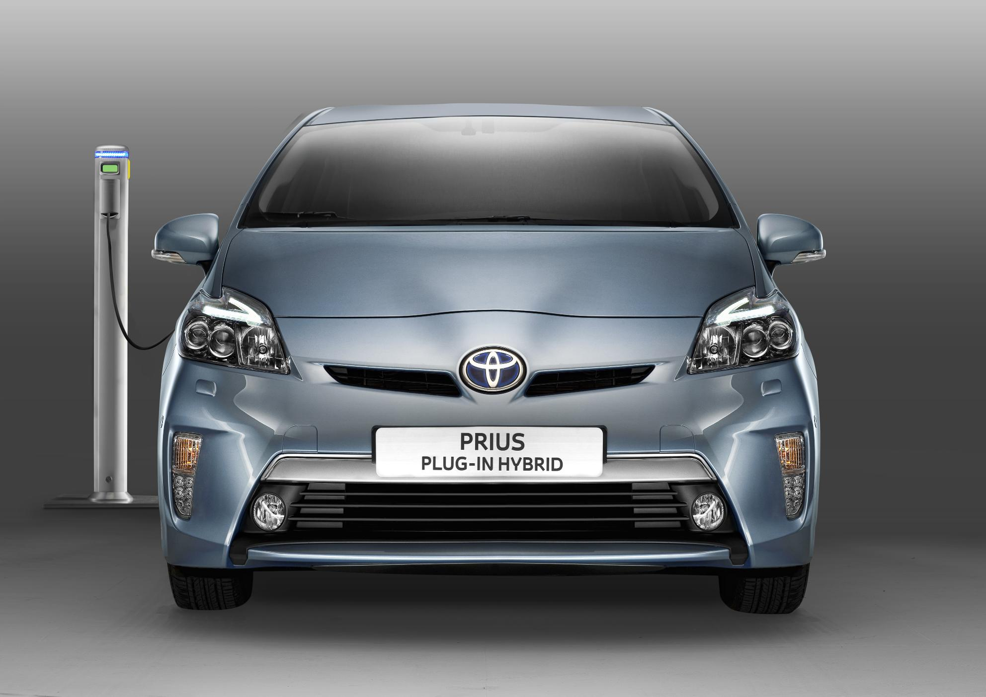 2012 Toyota Prius Plug In Hybrid With The Lowest Co2