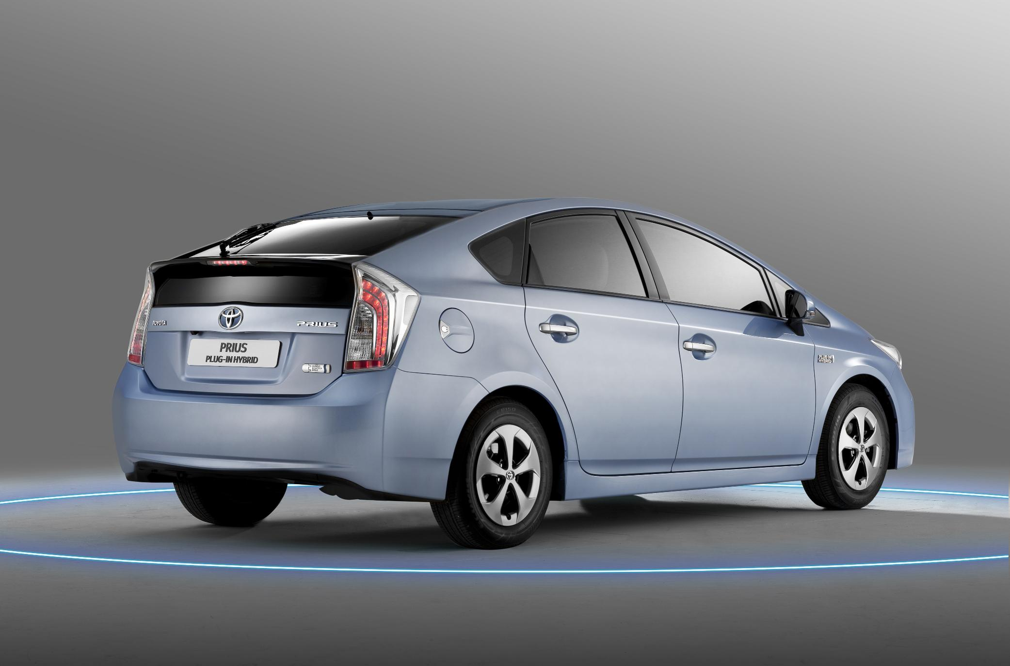 Prius Key Battery >> 2012 Toyota Prius Plug-In Hybrid with the lowest CO2 emissions on the market