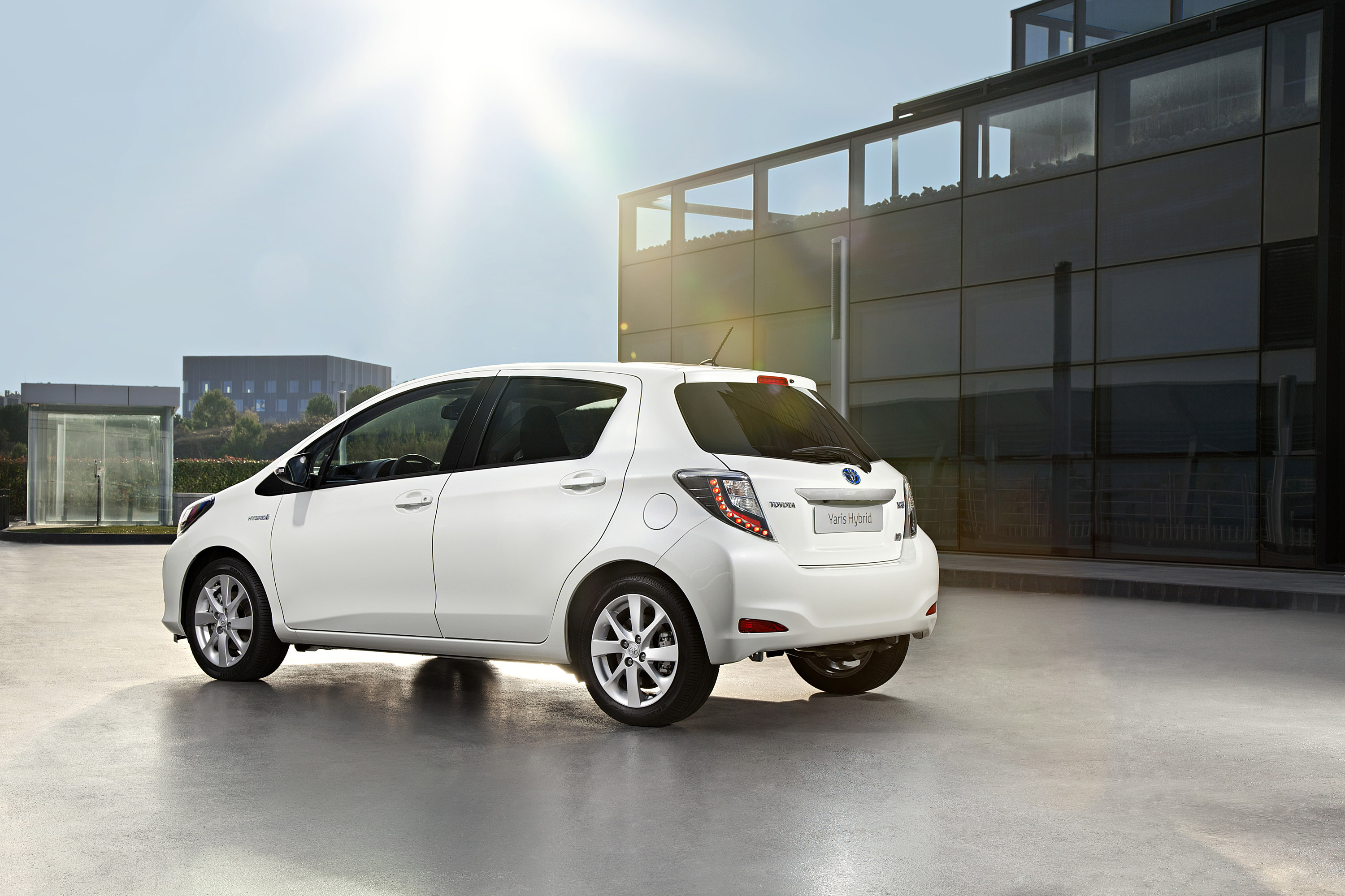 2012 toyota yaris hybrid prices and specifications announced. Black Bedroom Furniture Sets. Home Design Ideas