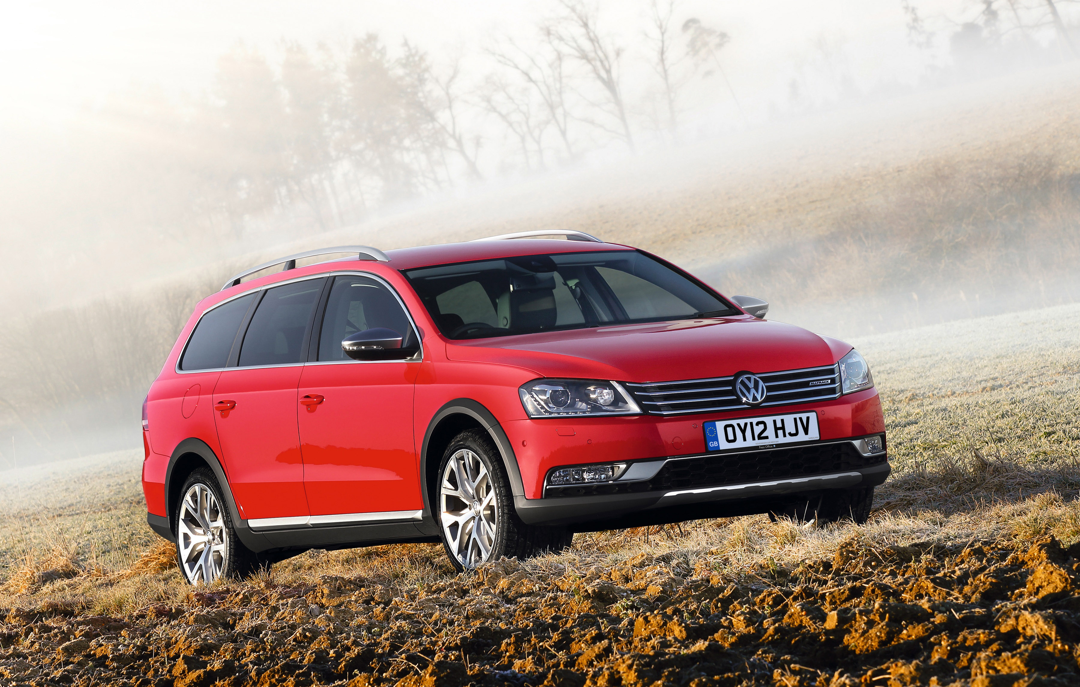 2012 volkswagen passat alltrack uk price 28 475. Black Bedroom Furniture Sets. Home Design Ideas