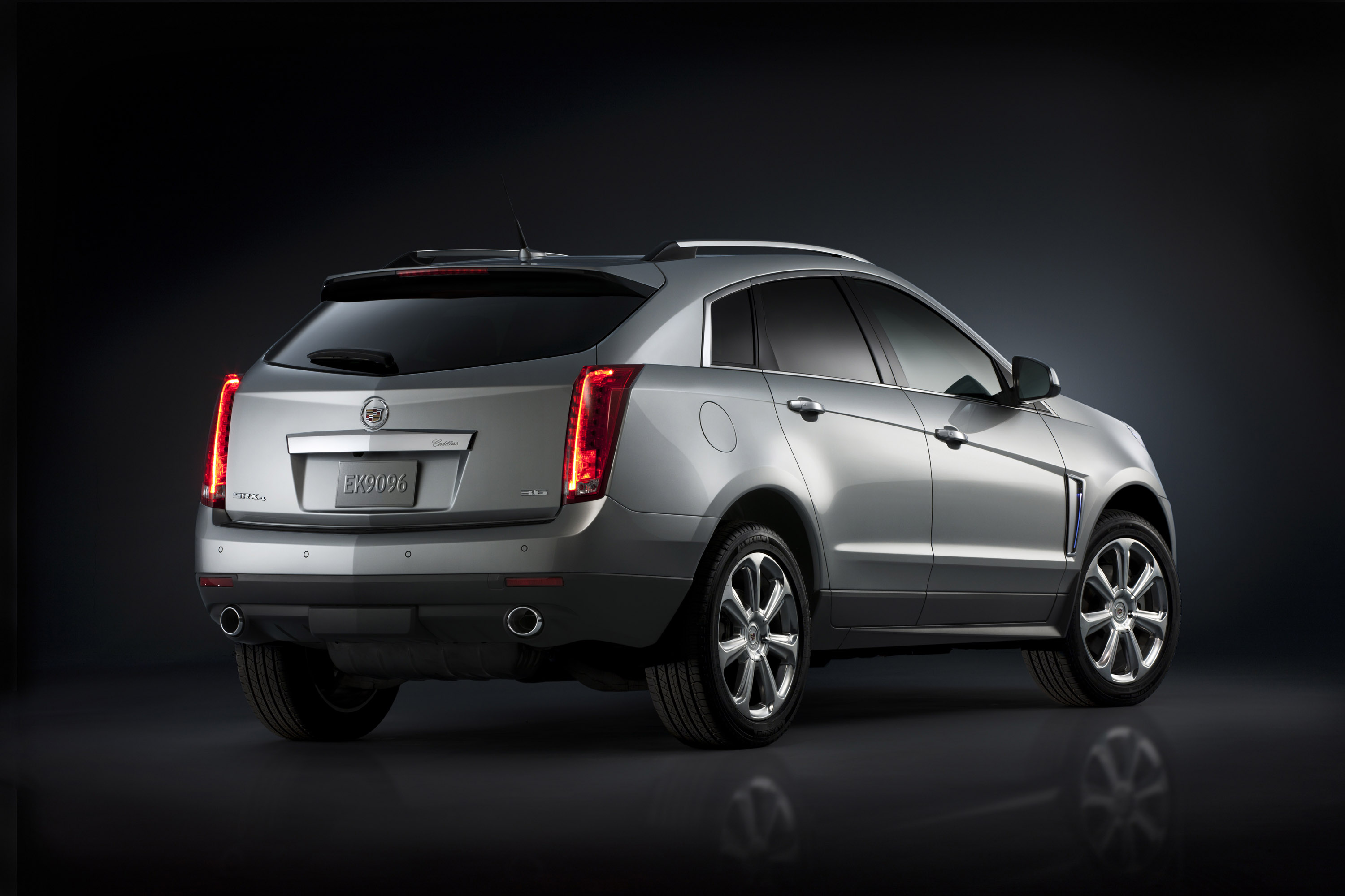 turbocharged srx charged model authority turbo gm report discontinued blog discontinues cadillac