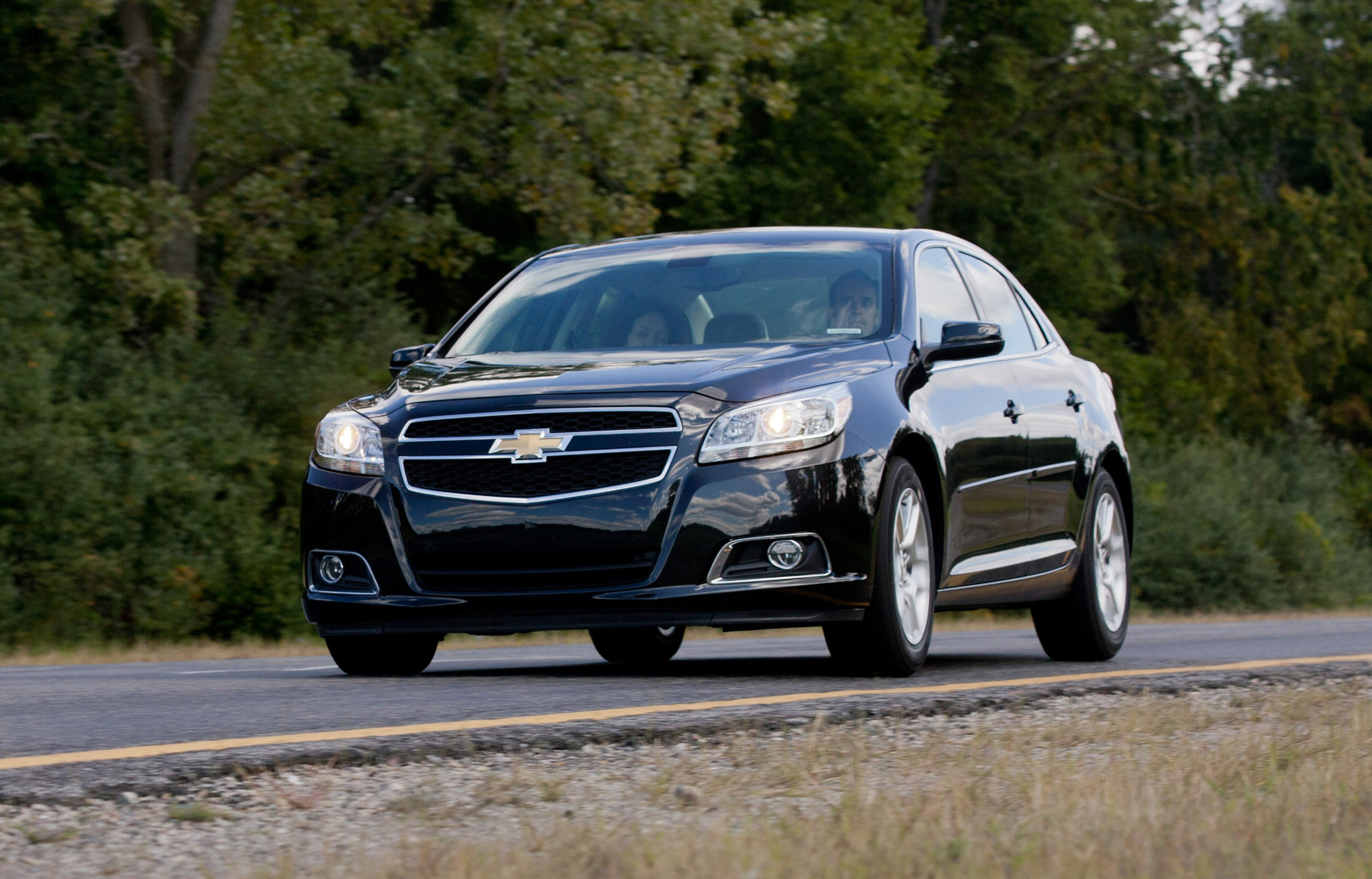 2013 chevrolet malibu eco equipped with ecotec 2 5 liter. Black Bedroom Furniture Sets. Home Design Ideas