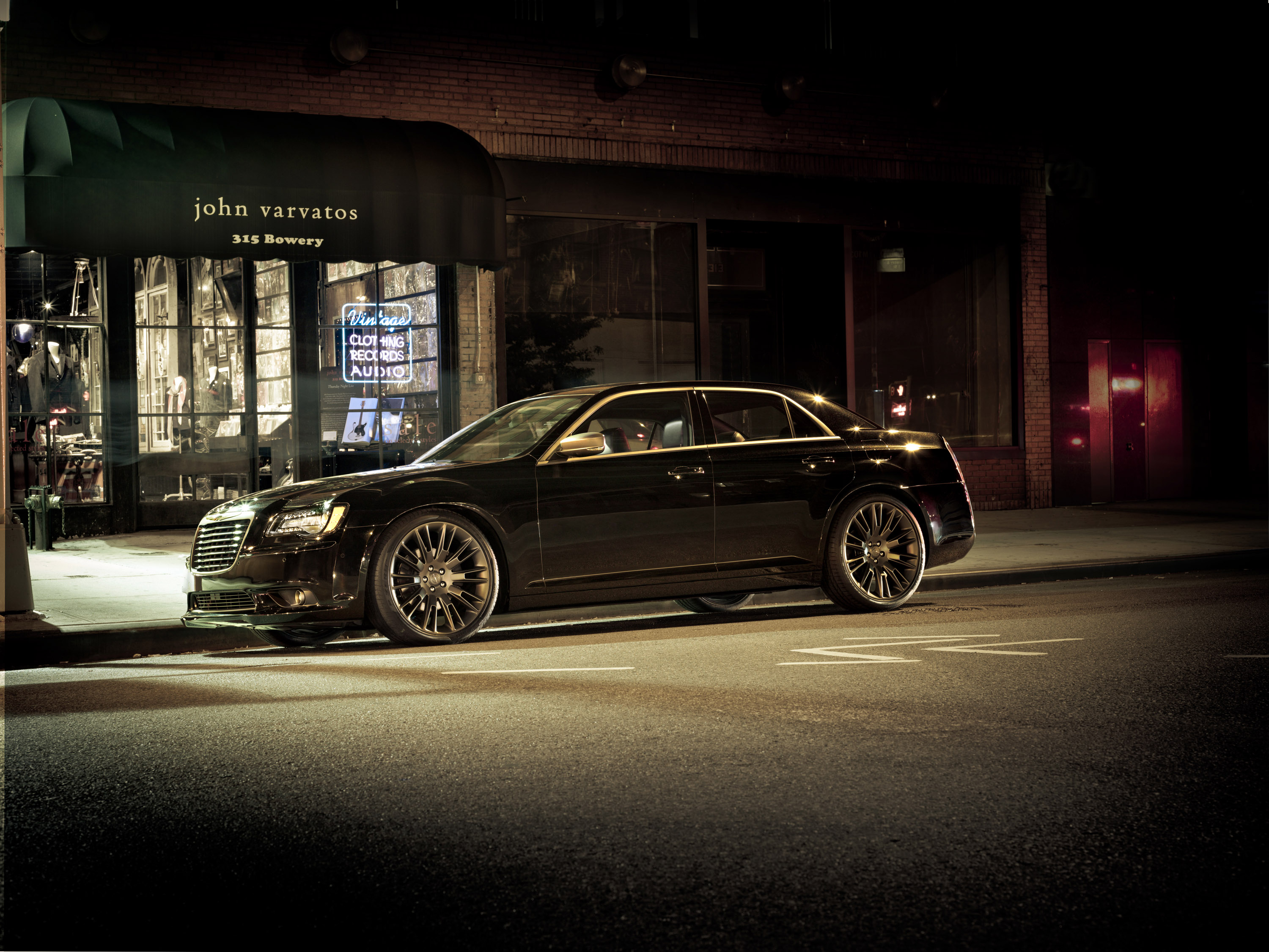 2013 Chrysler 300 C John Varvatos >> Unboxing Of 2013 Chrysler 300C John Varvatos Limited Edition [VIDEO]