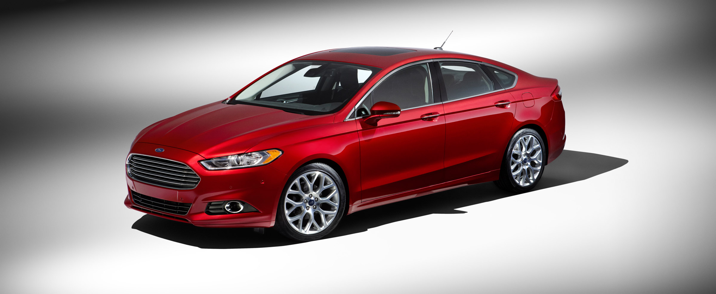 ford article reviews notes fusion side car se driving autoweek review