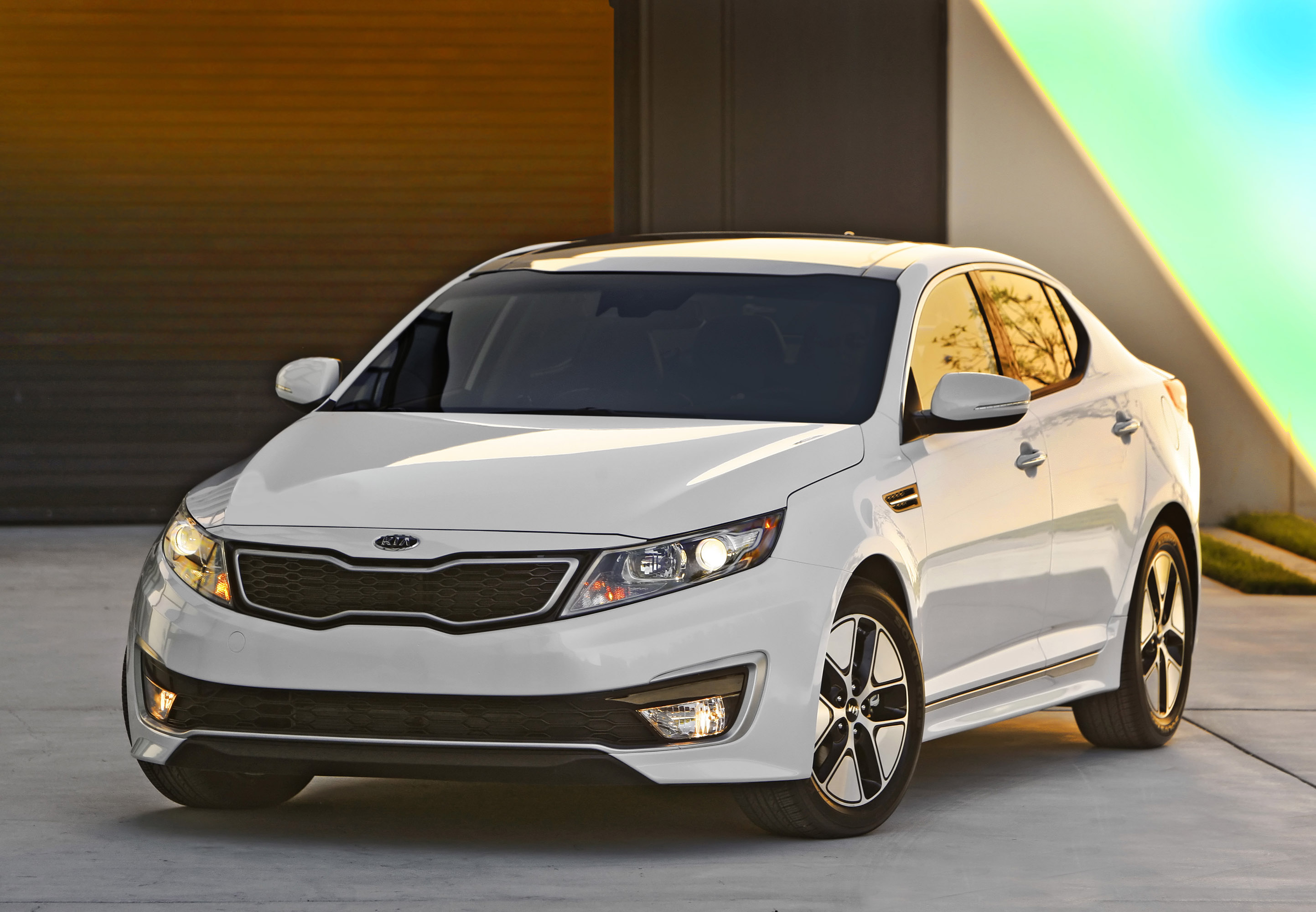 ... 2013 Kia Optima Hybrid , 3 Of 7 ...