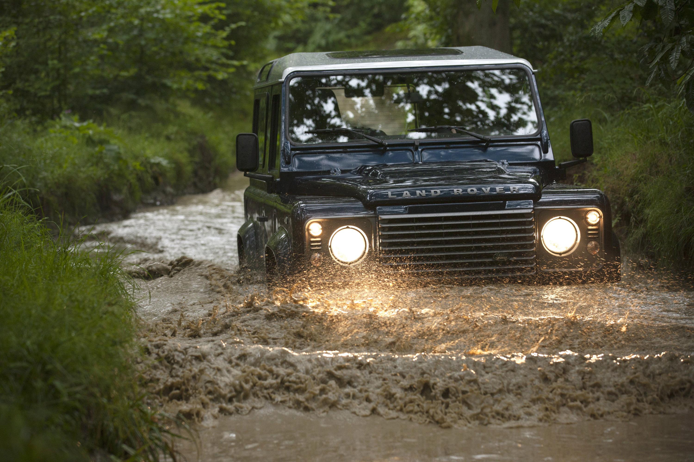 2013 Land Rover Defender Uk Excellent Value For Money