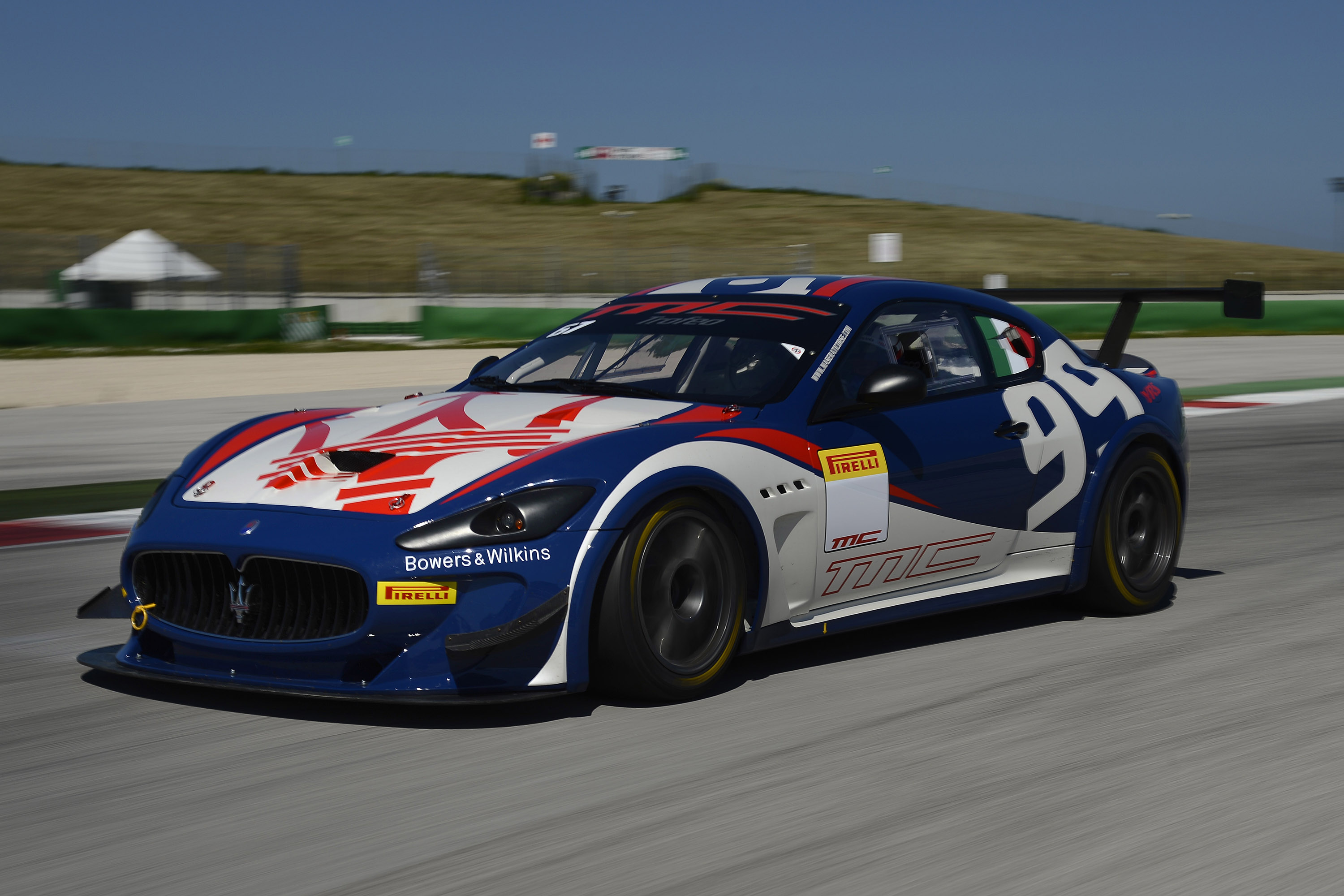 Maserati Granturismo Mc >> 2013 Maserati GranTurismo MC Trofeo To Compete At Paul Ricard Circuit