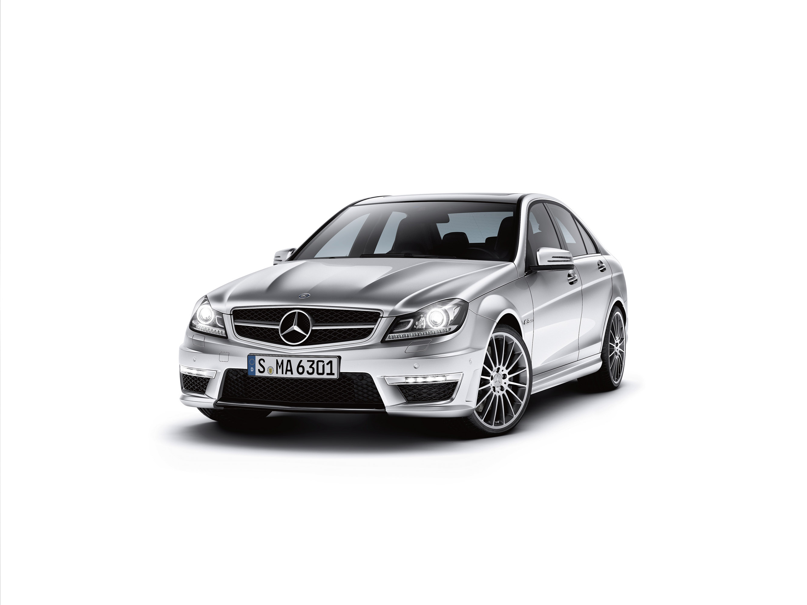 2013 Mercedes Benz C Class Welcomes 1 6 Engine To The Family