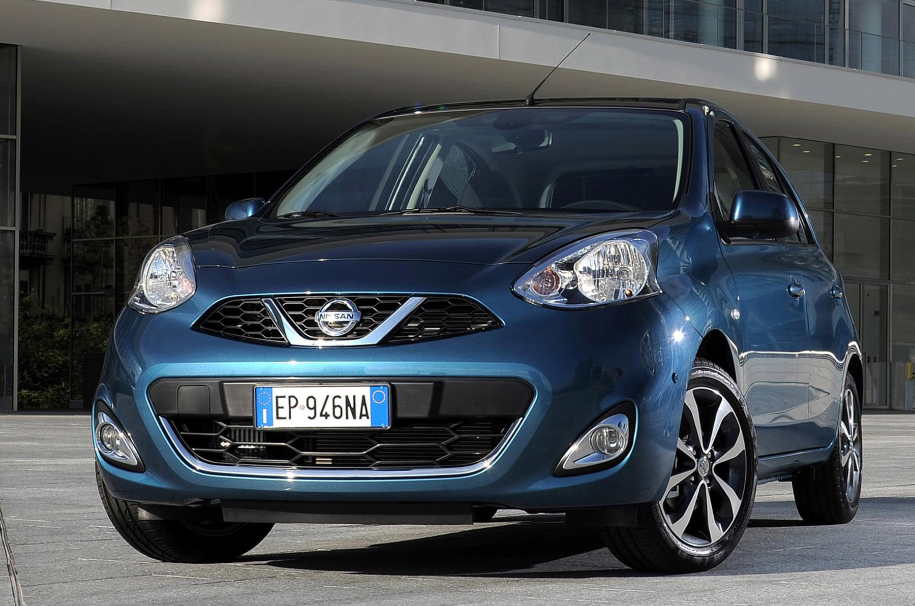 2013 nissan micra facelift picture 86020. Black Bedroom Furniture Sets. Home Design Ideas