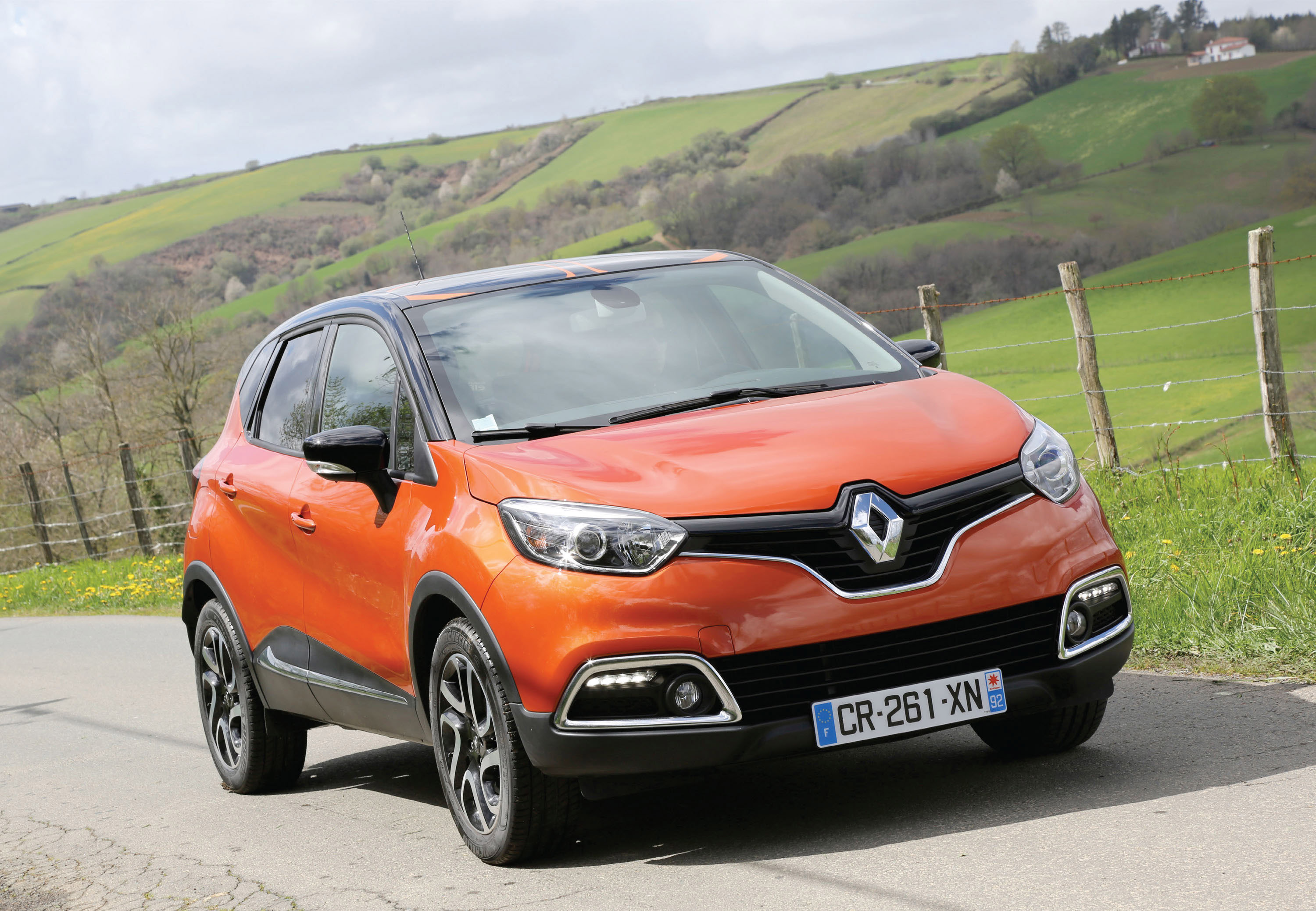 2013 renault captur a better urban crossover. Black Bedroom Furniture Sets. Home Design Ideas