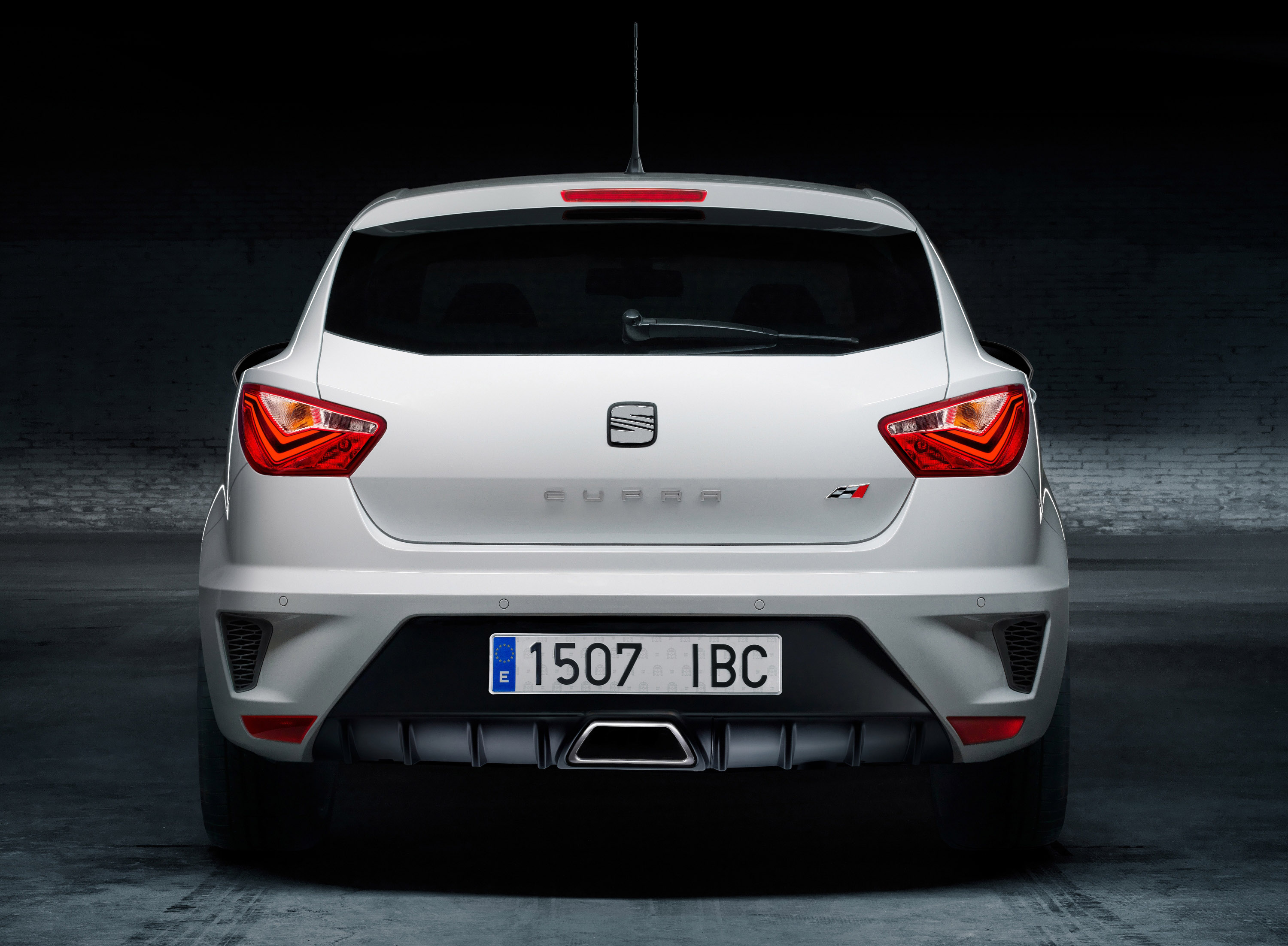 2013 seat ibiza cupra 180hp and 250nm. Black Bedroom Furniture Sets. Home Design Ideas