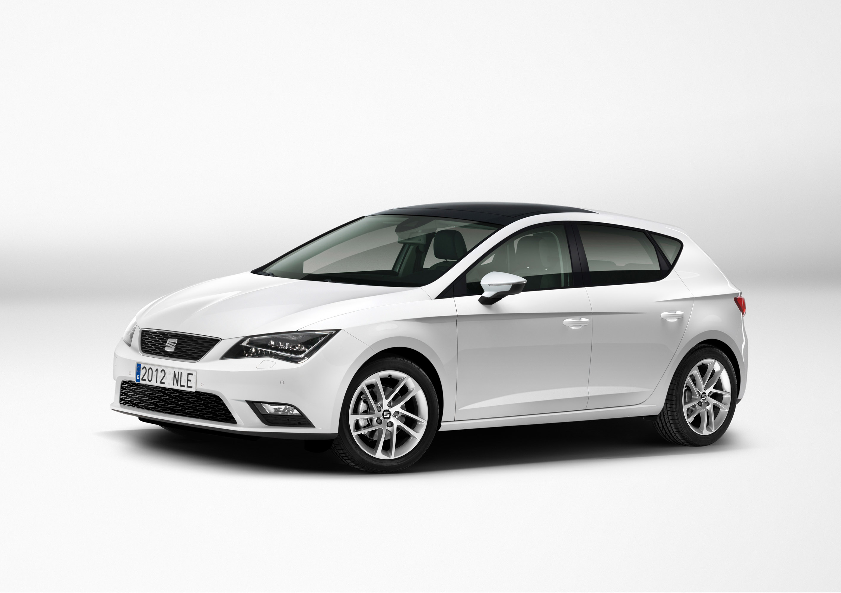 third generation seat leon revealed video. Black Bedroom Furniture Sets. Home Design Ideas