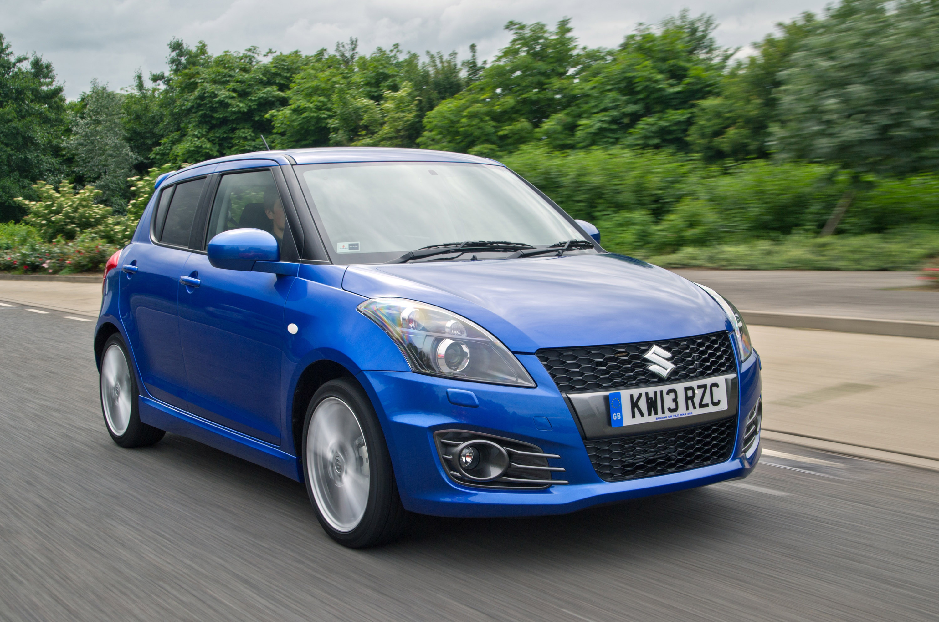 2013 suzuki swift sport 5 door more practicality. Black Bedroom Furniture Sets. Home Design Ideas