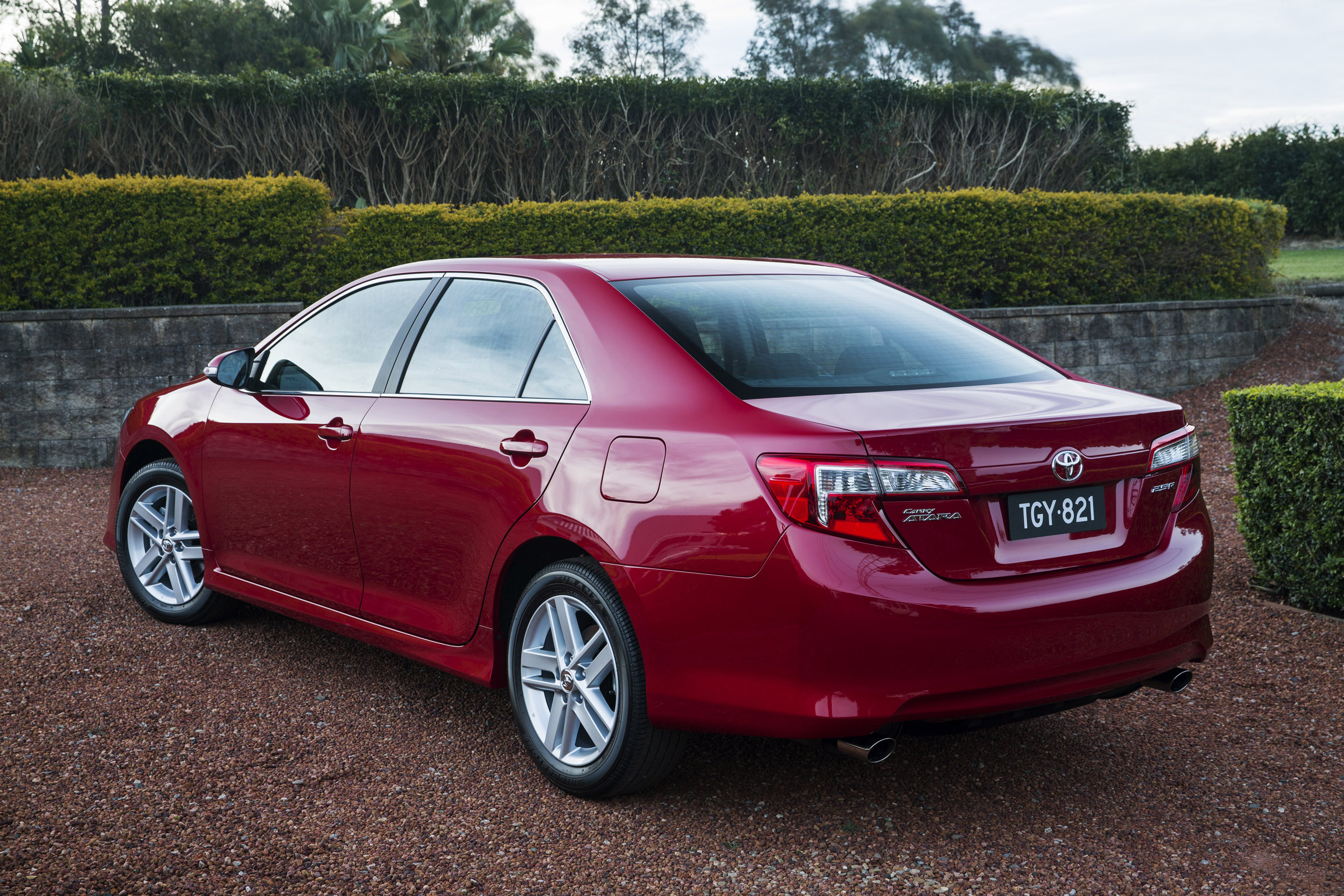 2013 Toyota Camry Atara R Special Edition Launched